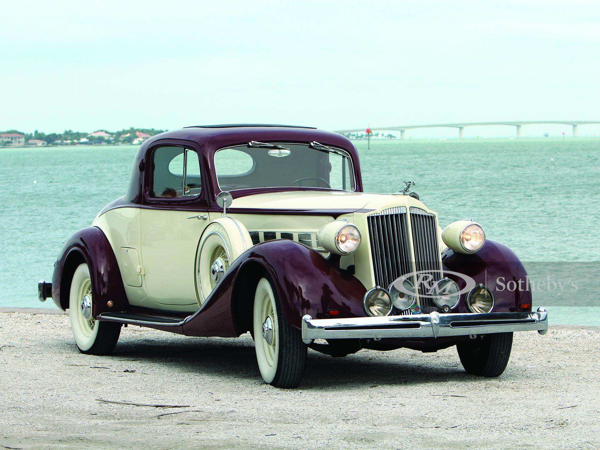 1936 Packard Super Eight 2/4