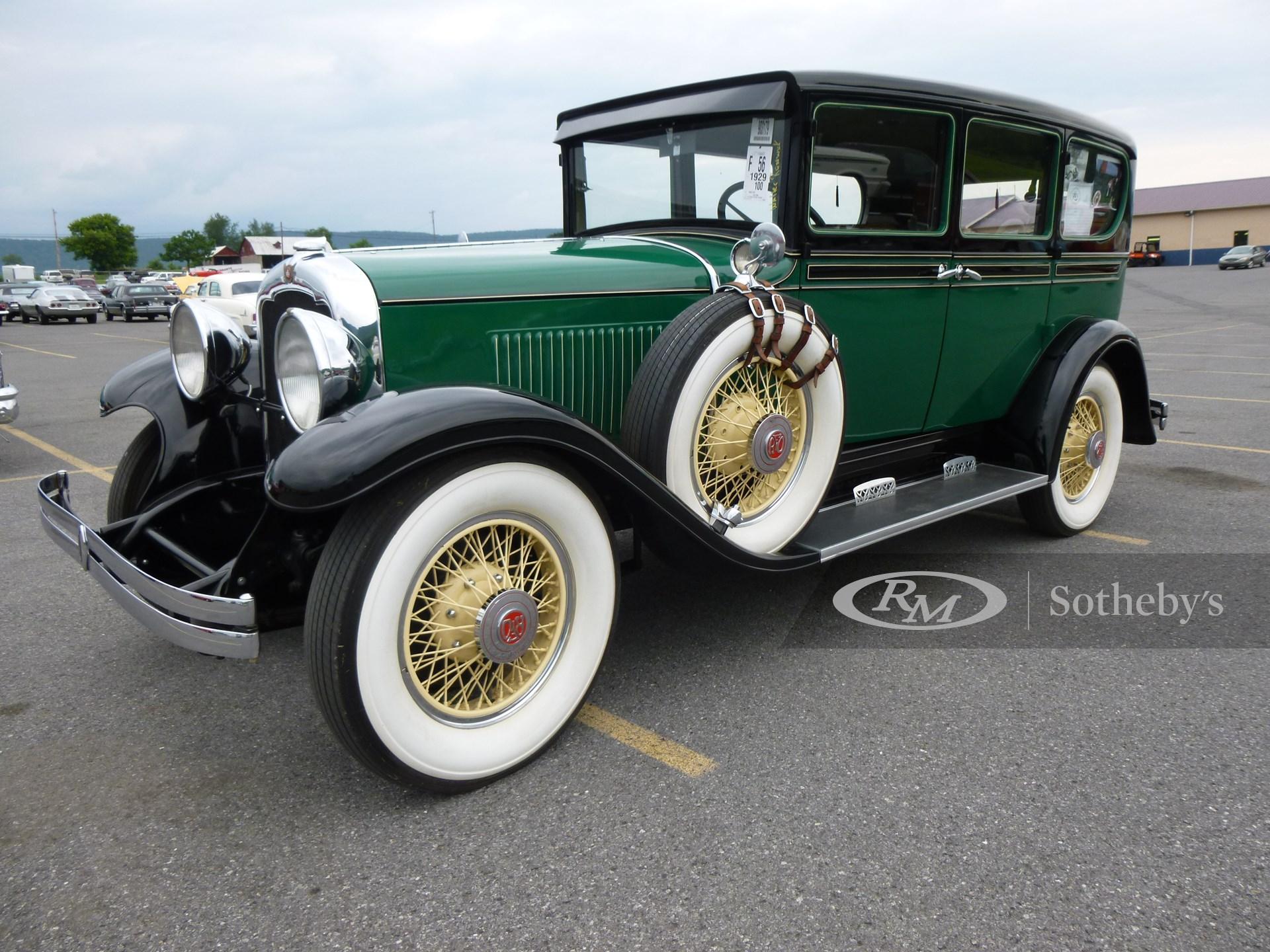 1929 REO Flying Cloud Master Series Sedan