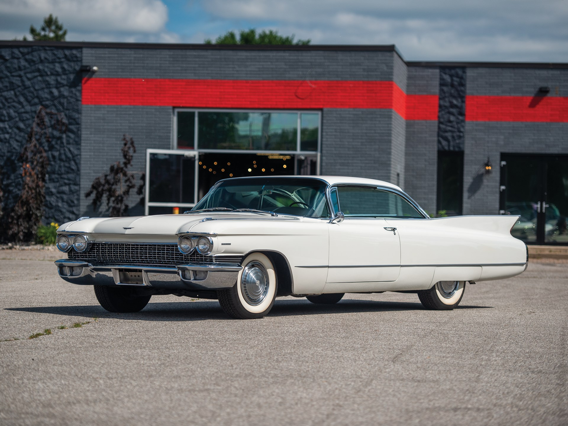 1960 Cadillac Series 62 Coupe Deville