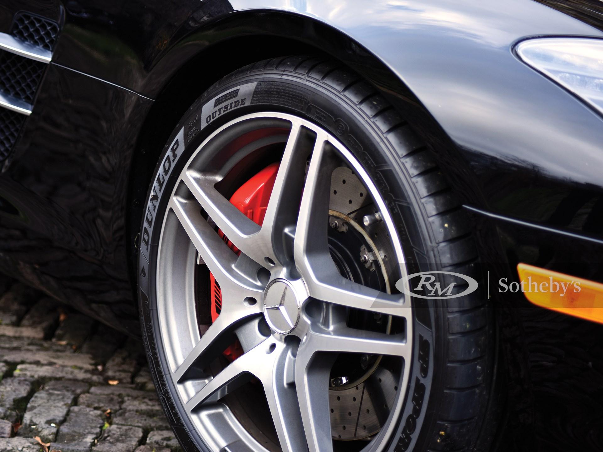 2012 Mercedes-Benz SLS AMG Roadster  -