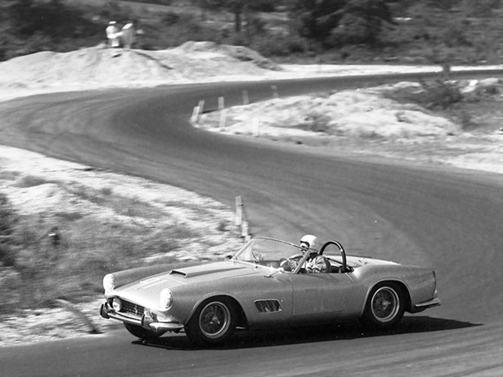 Grossman behind the wheel of 1451 GT at Thompson in 1959.