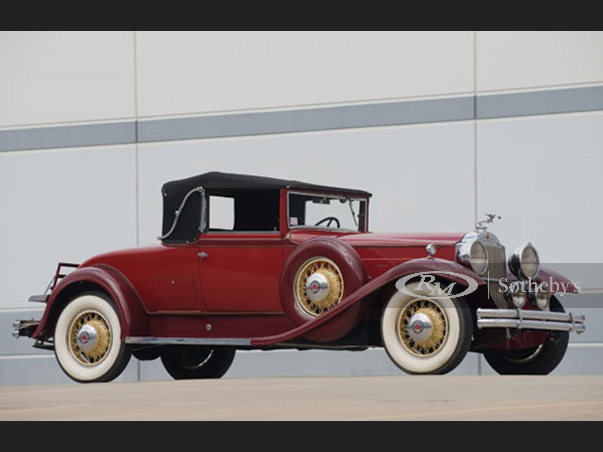 1931 Packard Deluxe Eight 840 Convertible Coupe