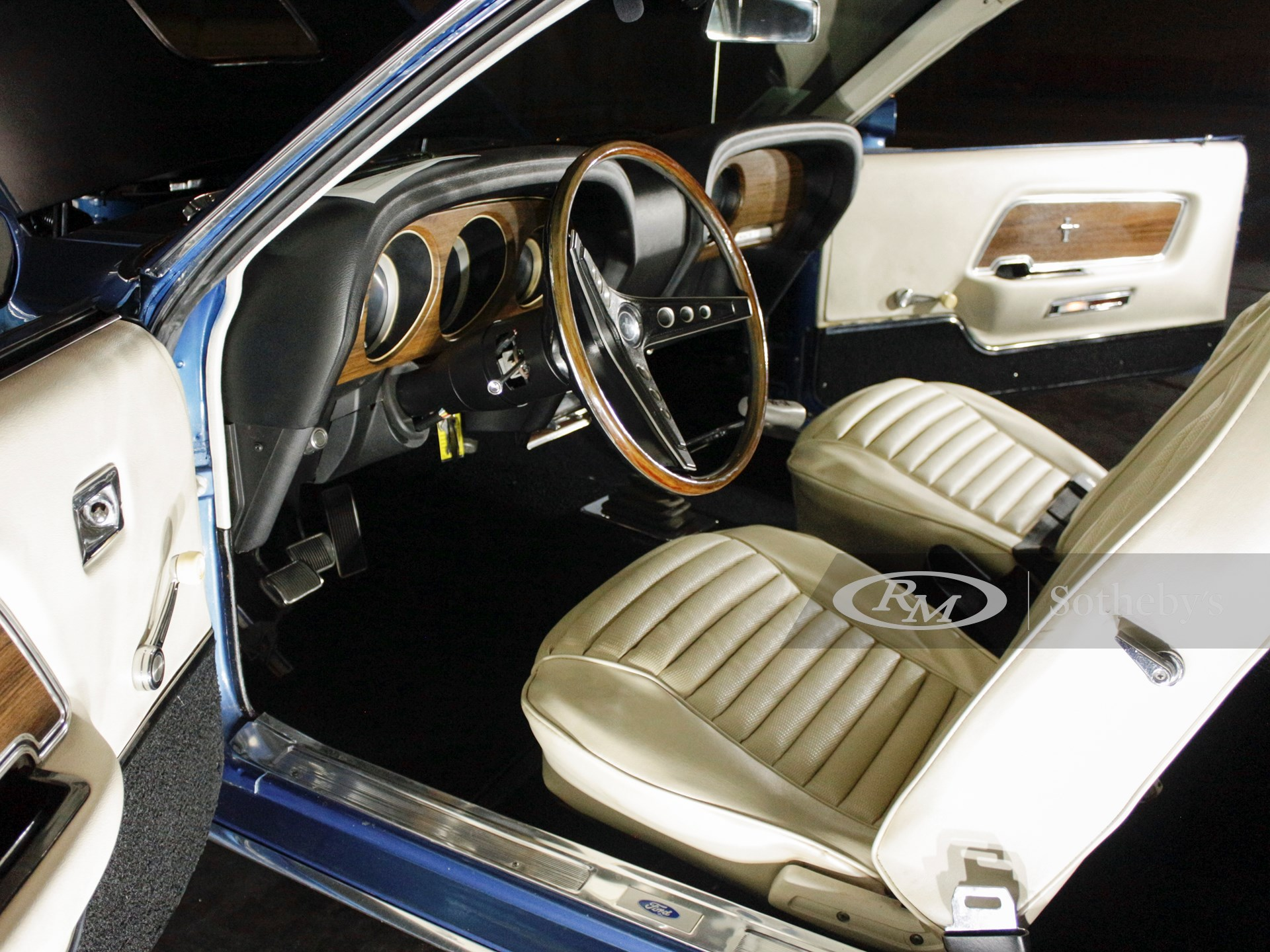 1969 Ford Mustang Mach 1  -