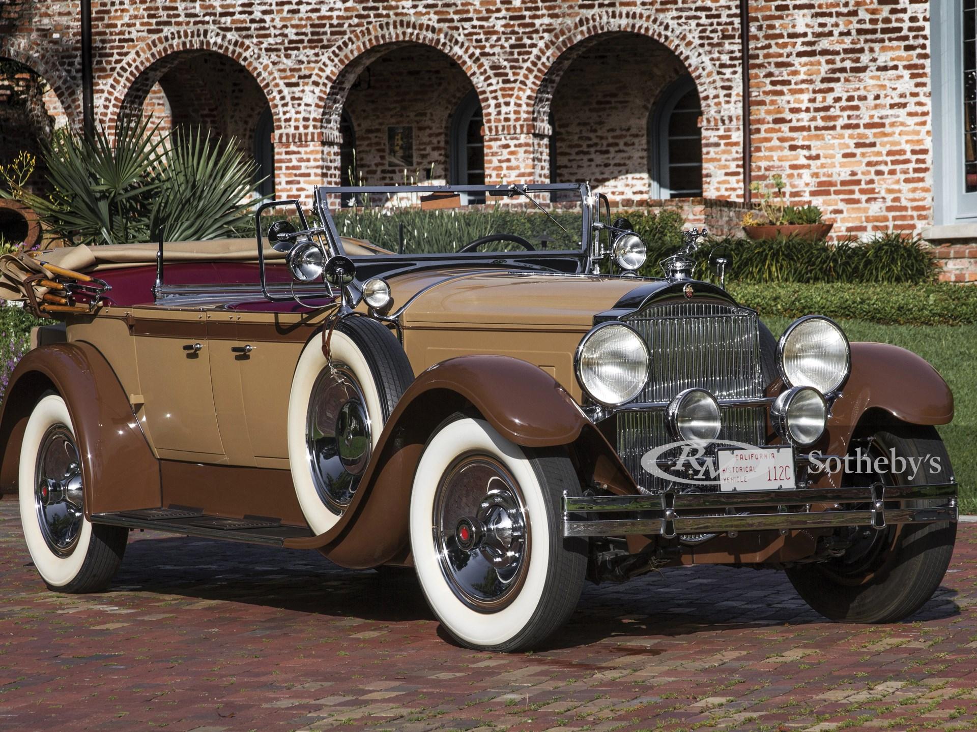 1929 Packard Custom Eight Sport Phaeton