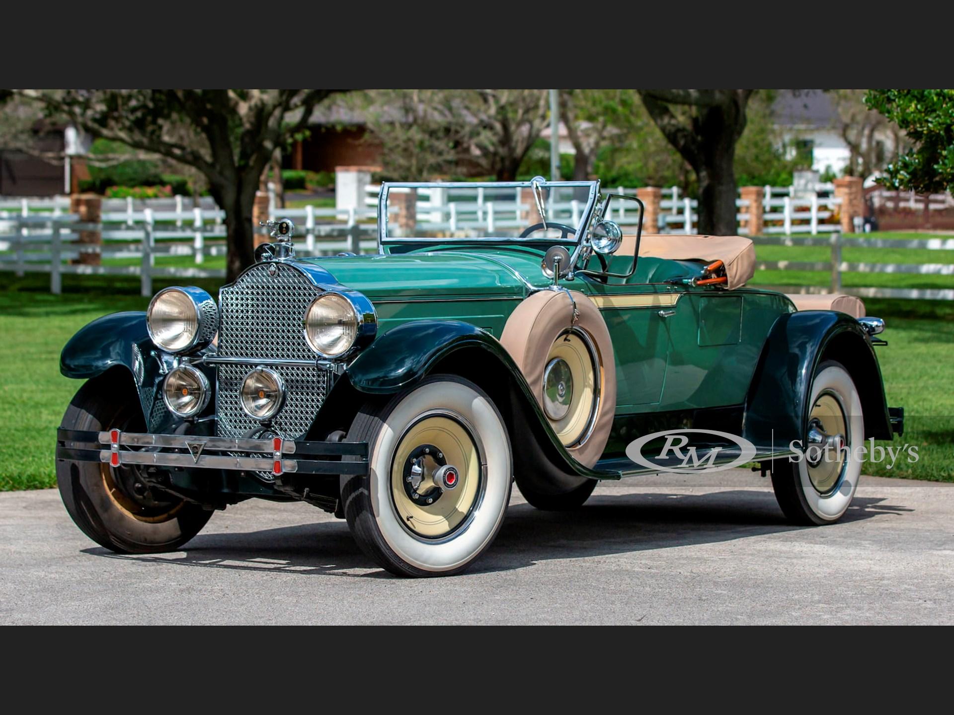 1928 Packard Eight Roadster