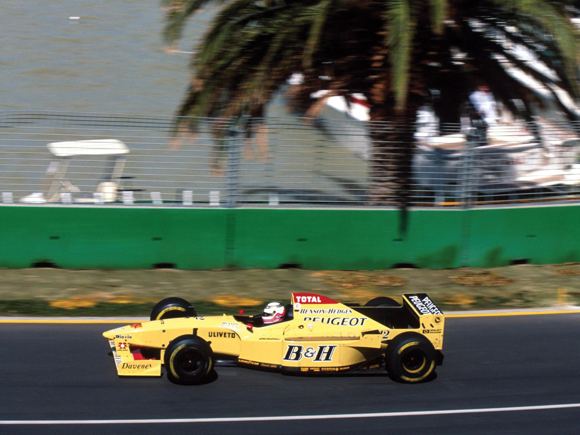 Martin Brundle behind the wheel of the Jordan at the 1996 Australian Grand Prix