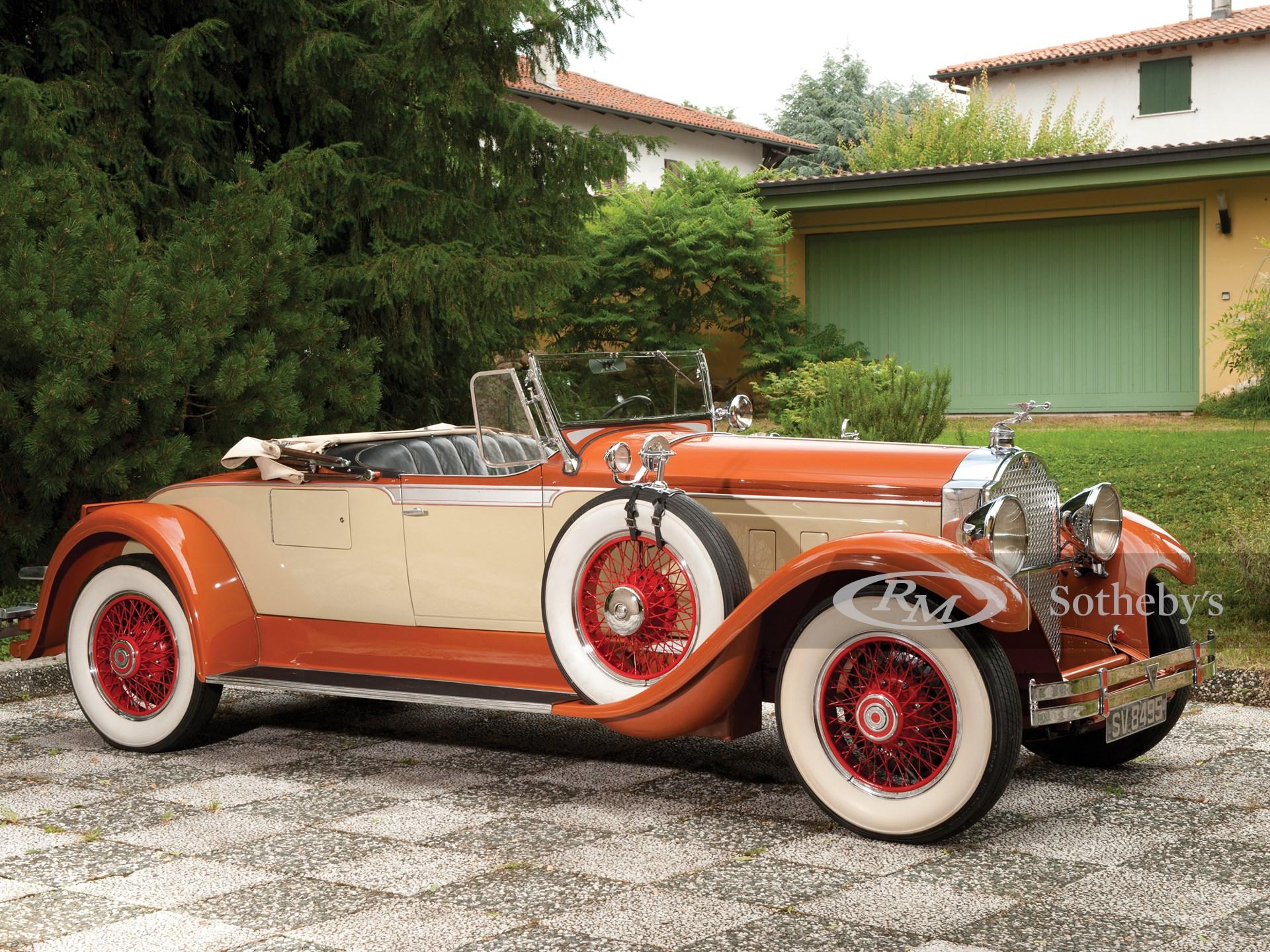 1929 Packard Custom Eight Roadster