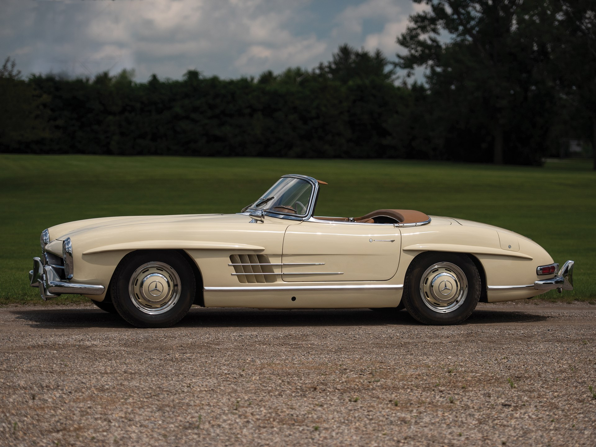 rm sotheby 39 s 1957 mercedes benz 300 sl roadster auburn fall 2018. Black Bedroom Furniture Sets. Home Design Ideas