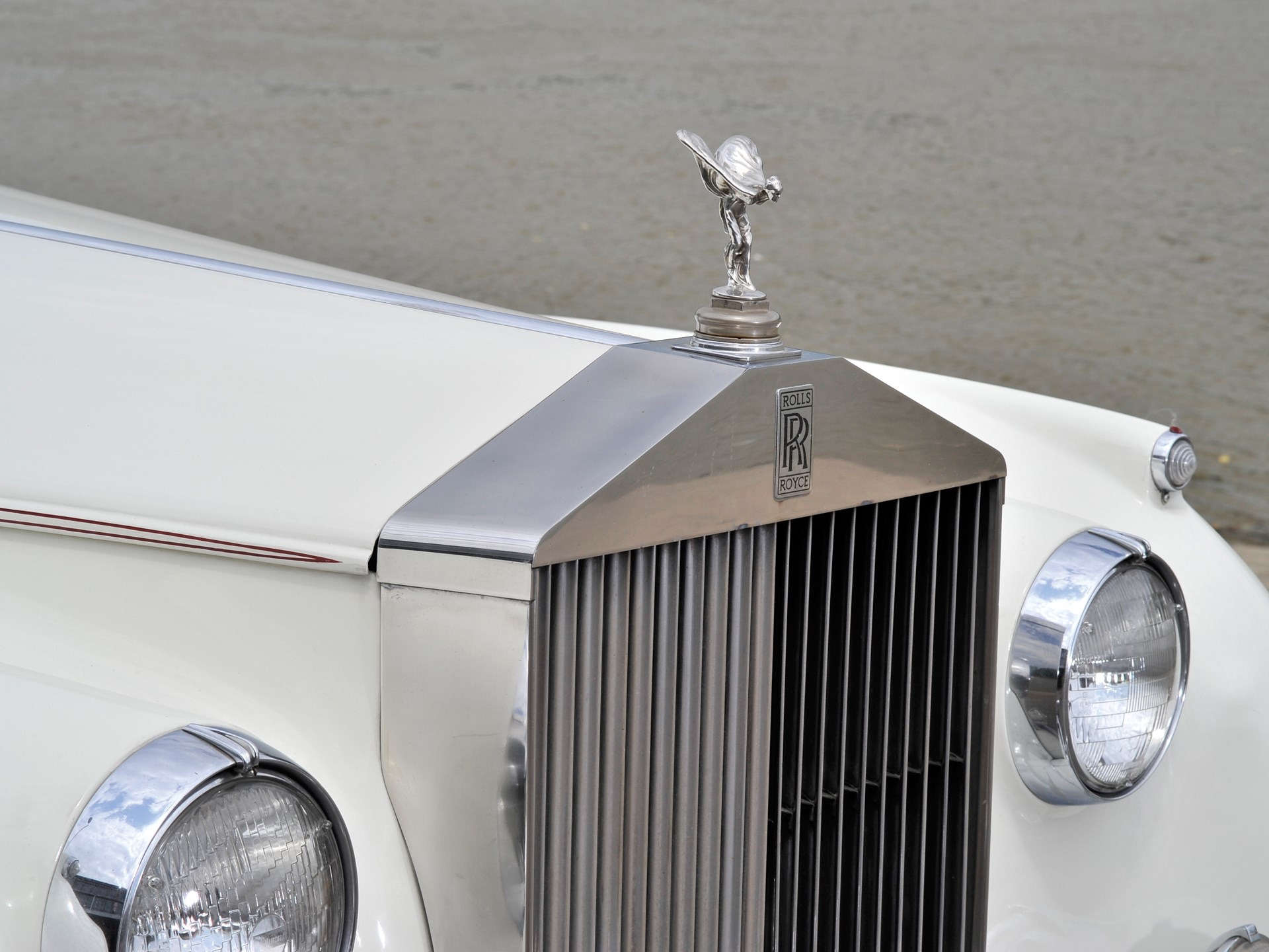 1959 Rolls-Royce Silver Cloud I Drophead Coupé Adaptation by H.J. Mulliner
