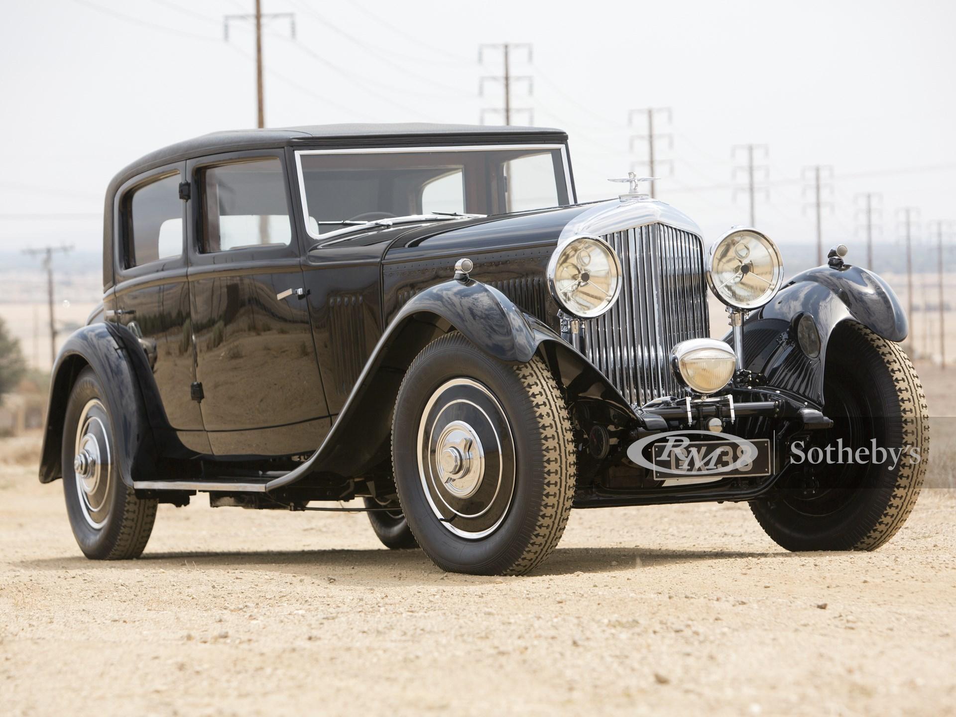 1932 Bentley 8-Litre Saloon by Arthur Mulliner