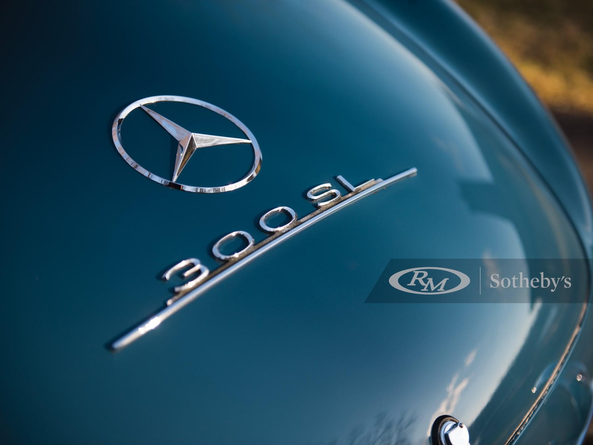 1962 Mercedes-Benz 300 SL Roadster  -