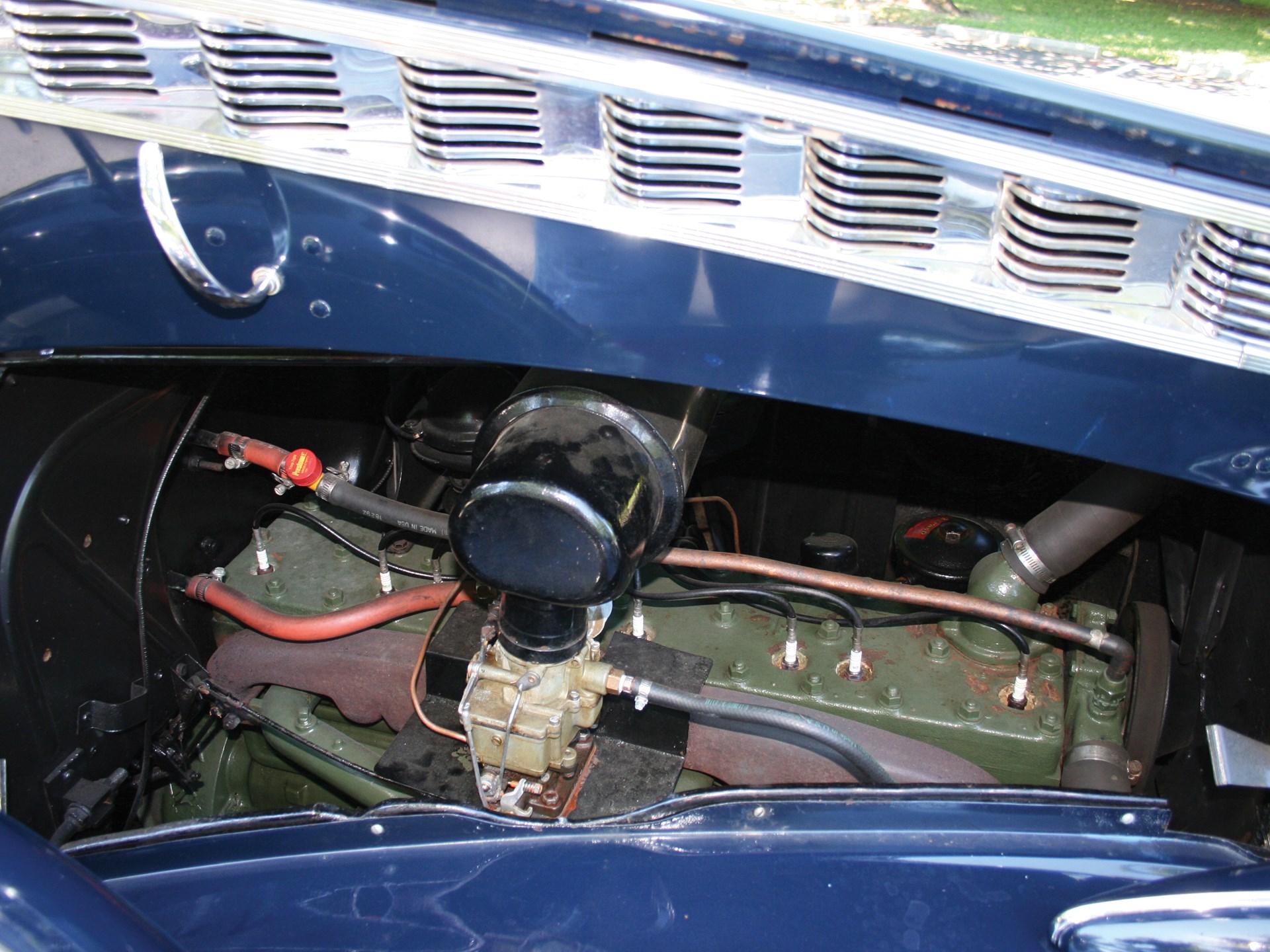 1940 Packard Custom Super Eight One Eighty Club Sedan