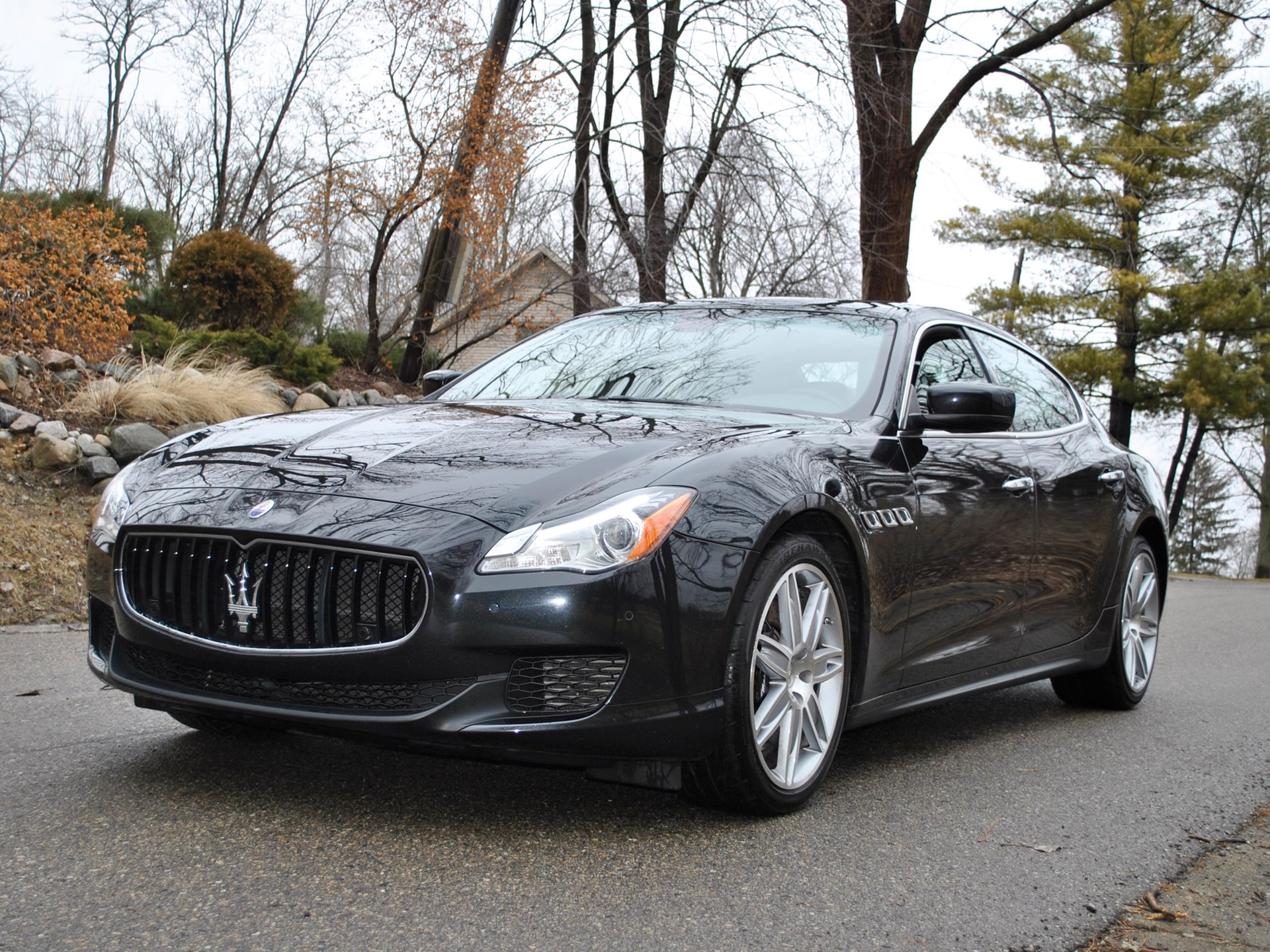 rm sotheby 39 s 2014 maserati quattroporte gts auburn. Black Bedroom Furniture Sets. Home Design Ideas