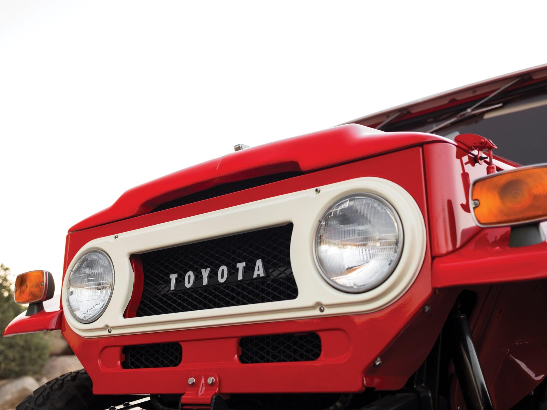 1970 Toyota FJ40 Land Cruiser