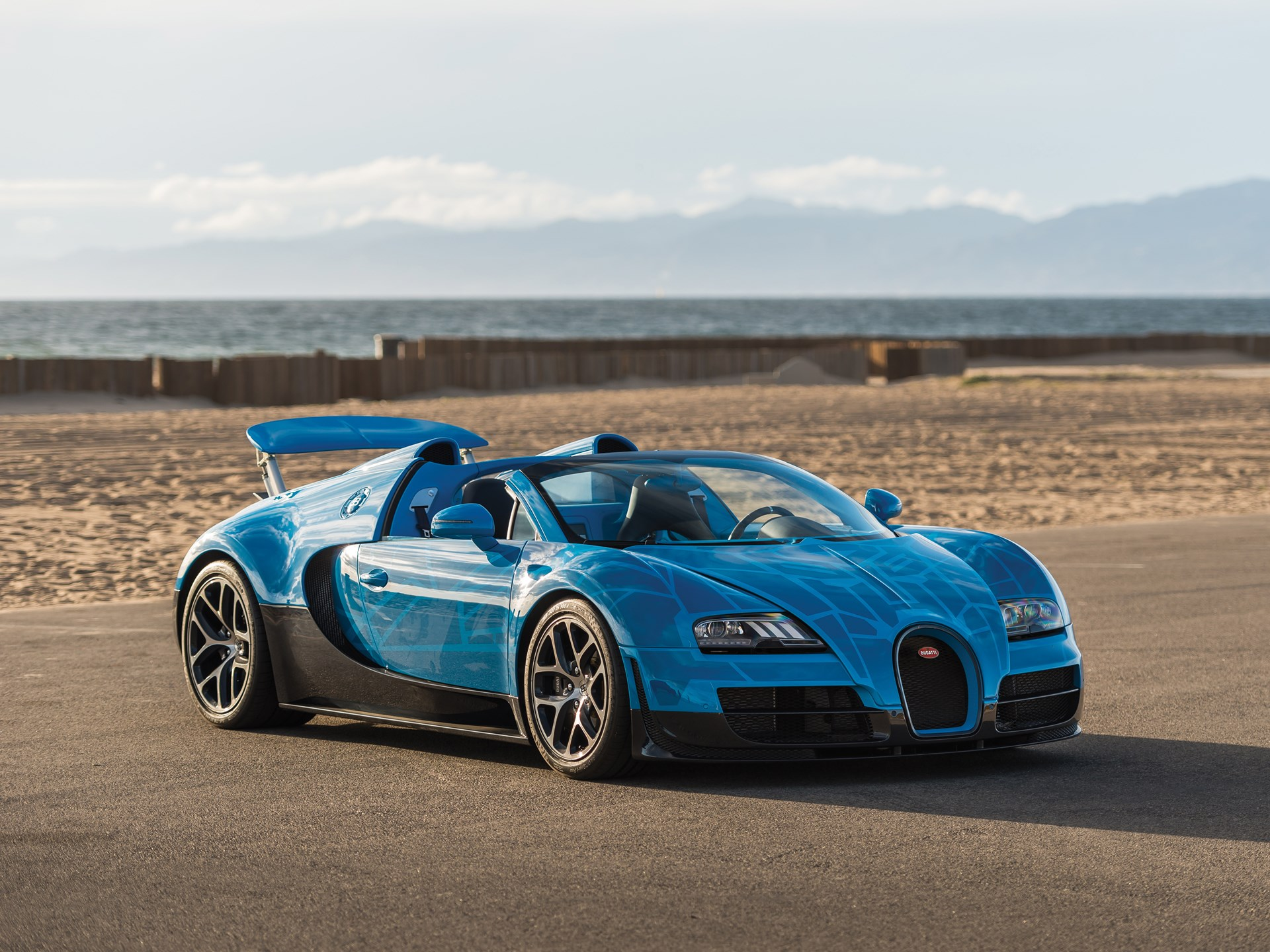 Bugatti Veyron Price 2015 >> Rm Sotheby S 2015 Bugatti Veyron 16 4 Grand Sport Vitesse