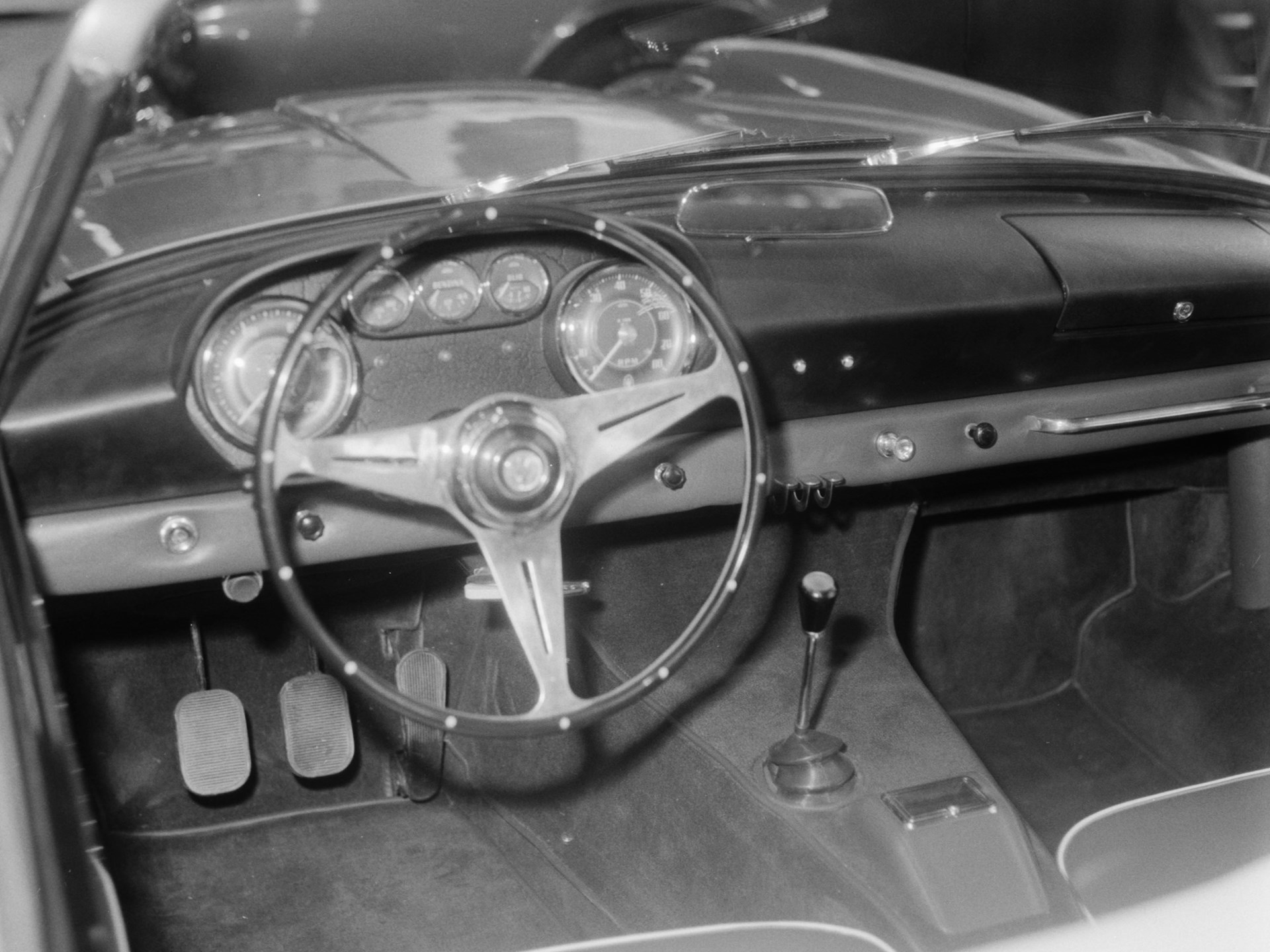 Chassis no. AM101.505 as seen at the 1959 Turin Motor Show.