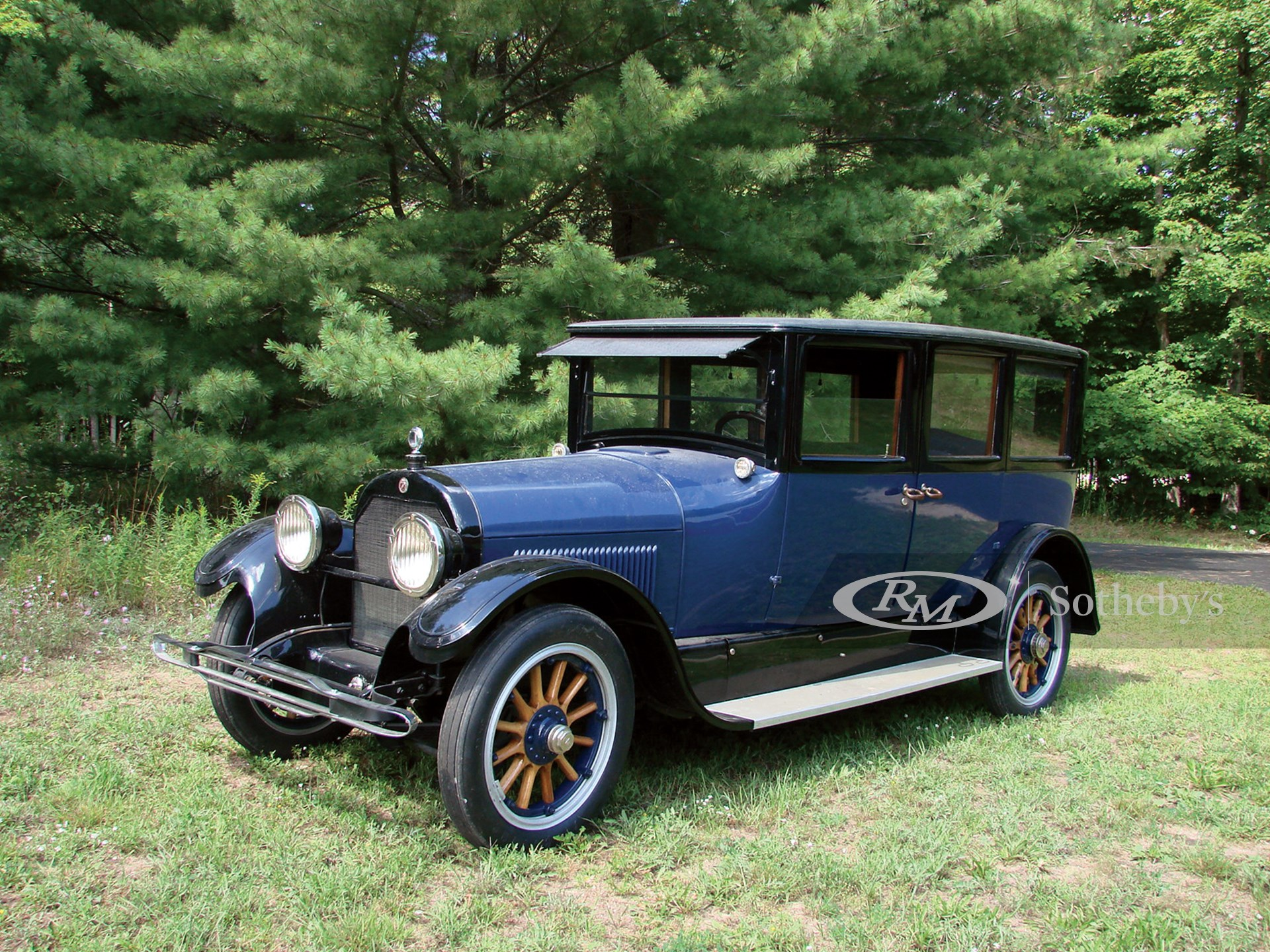 1922 Cadillac Model 61 Suburban Seven Passenger Sedan Vintage Motor Cars Of Hershey 2009 Rm Auctions