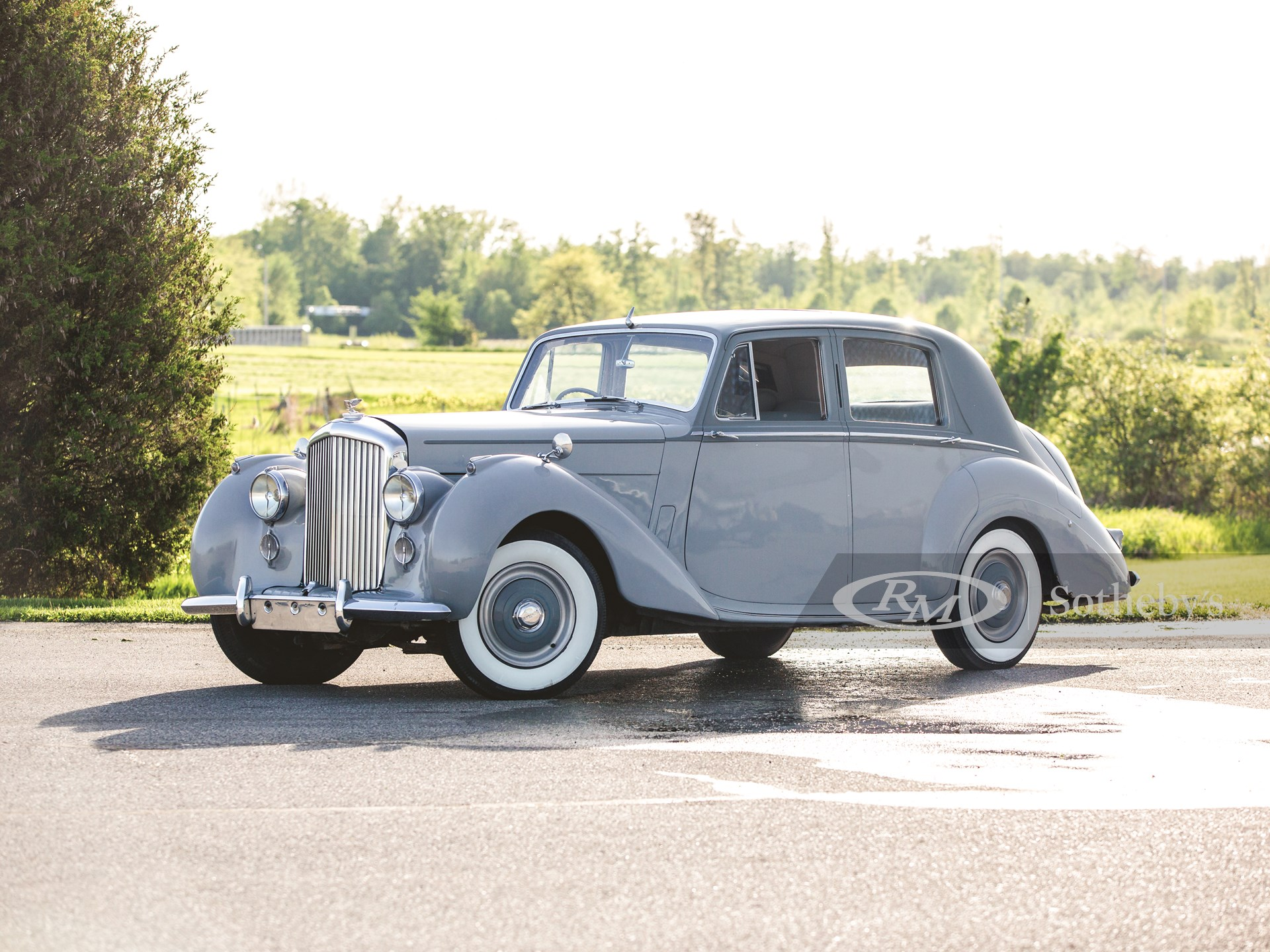 1953 Bentley R-Type Saloon