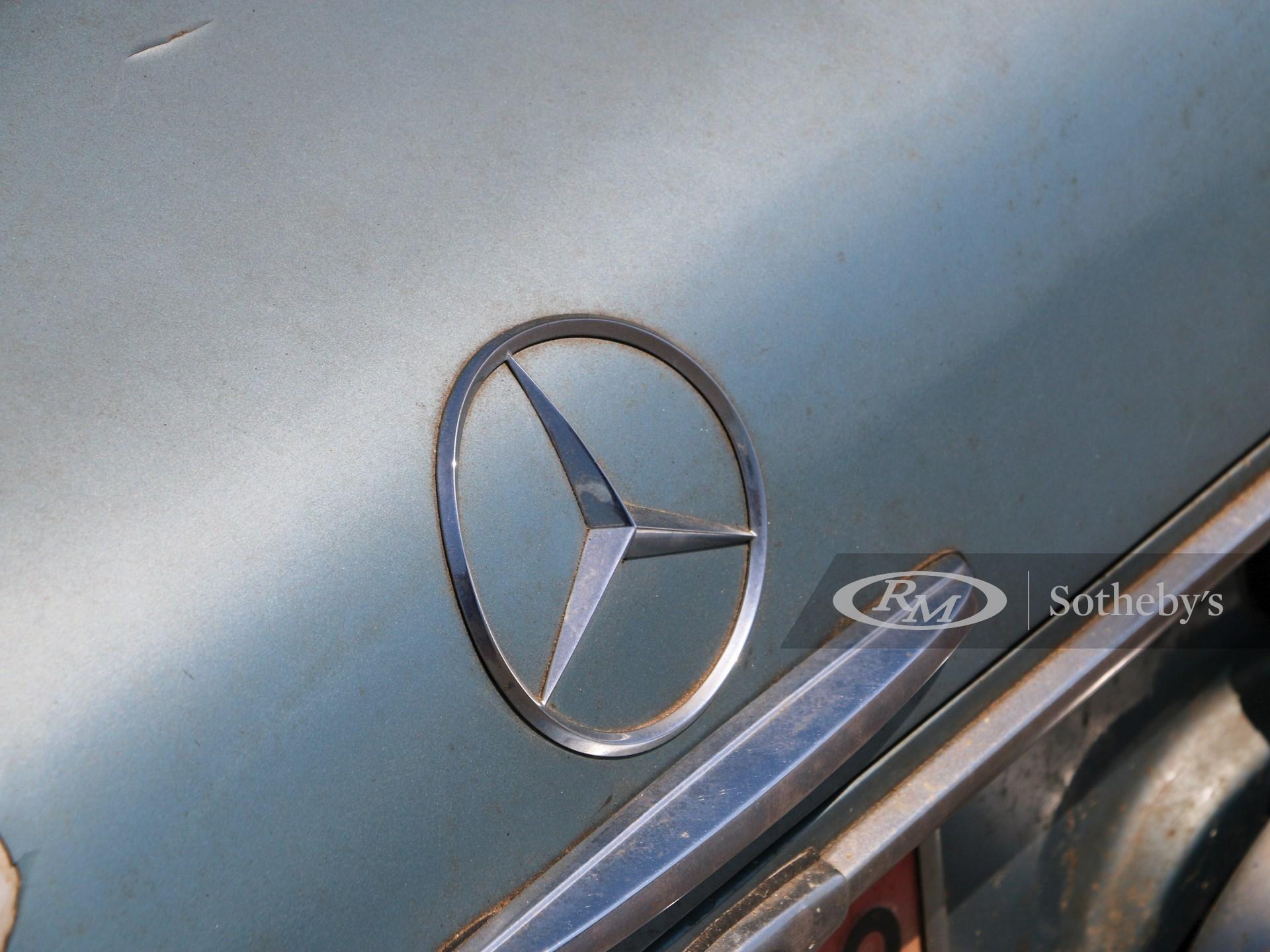 1967 Mercedes-Benz 250 SL 'Barn Find'  -