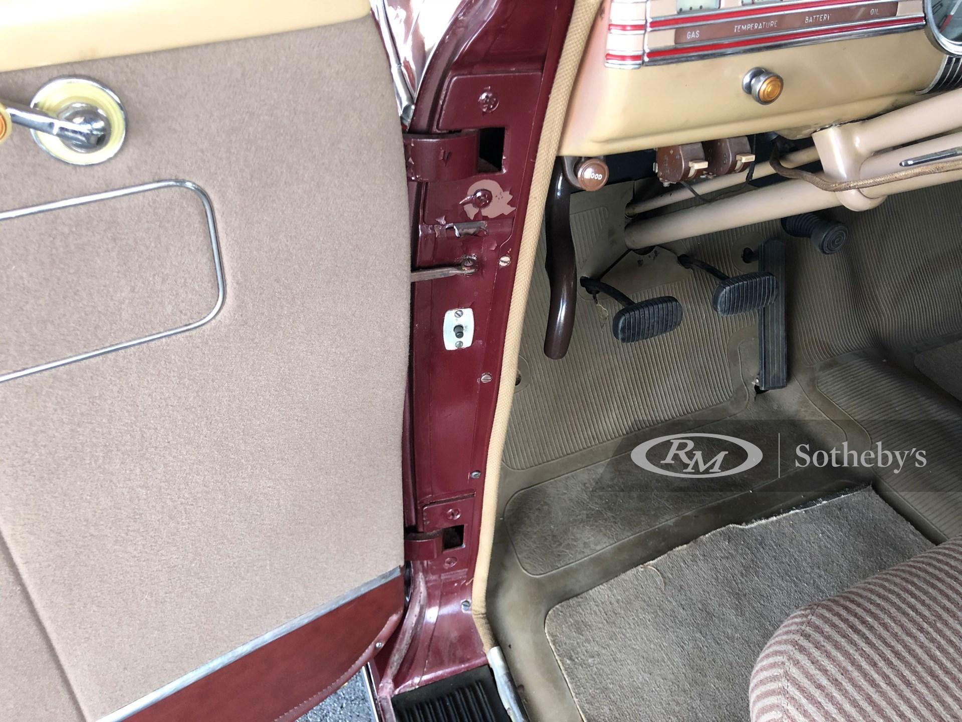 1941 Chevrolet Special DeLuxe Two-Door Town Sedan  -