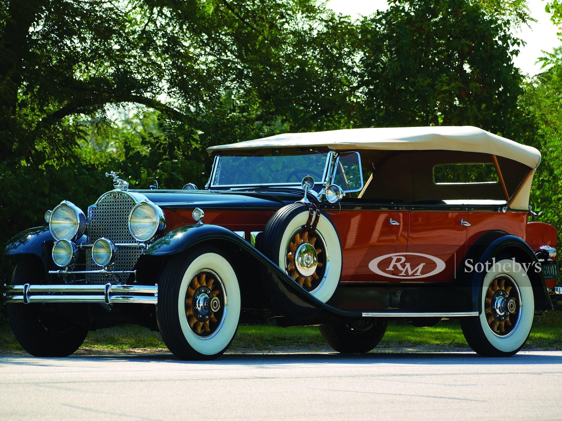 1930 Packard Deluxe Eight