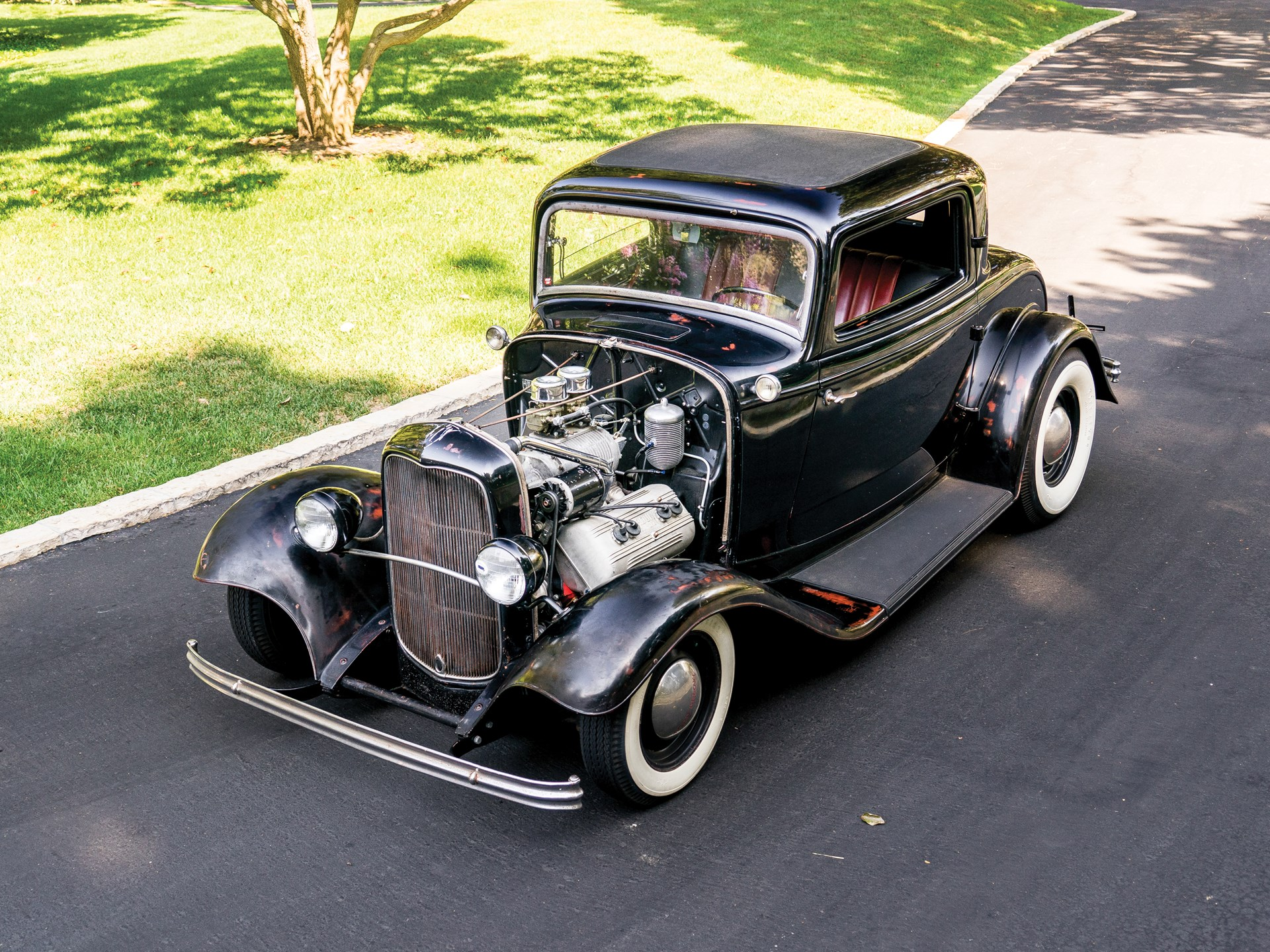 1932 Ford Three-Window Coupe Hot Rod