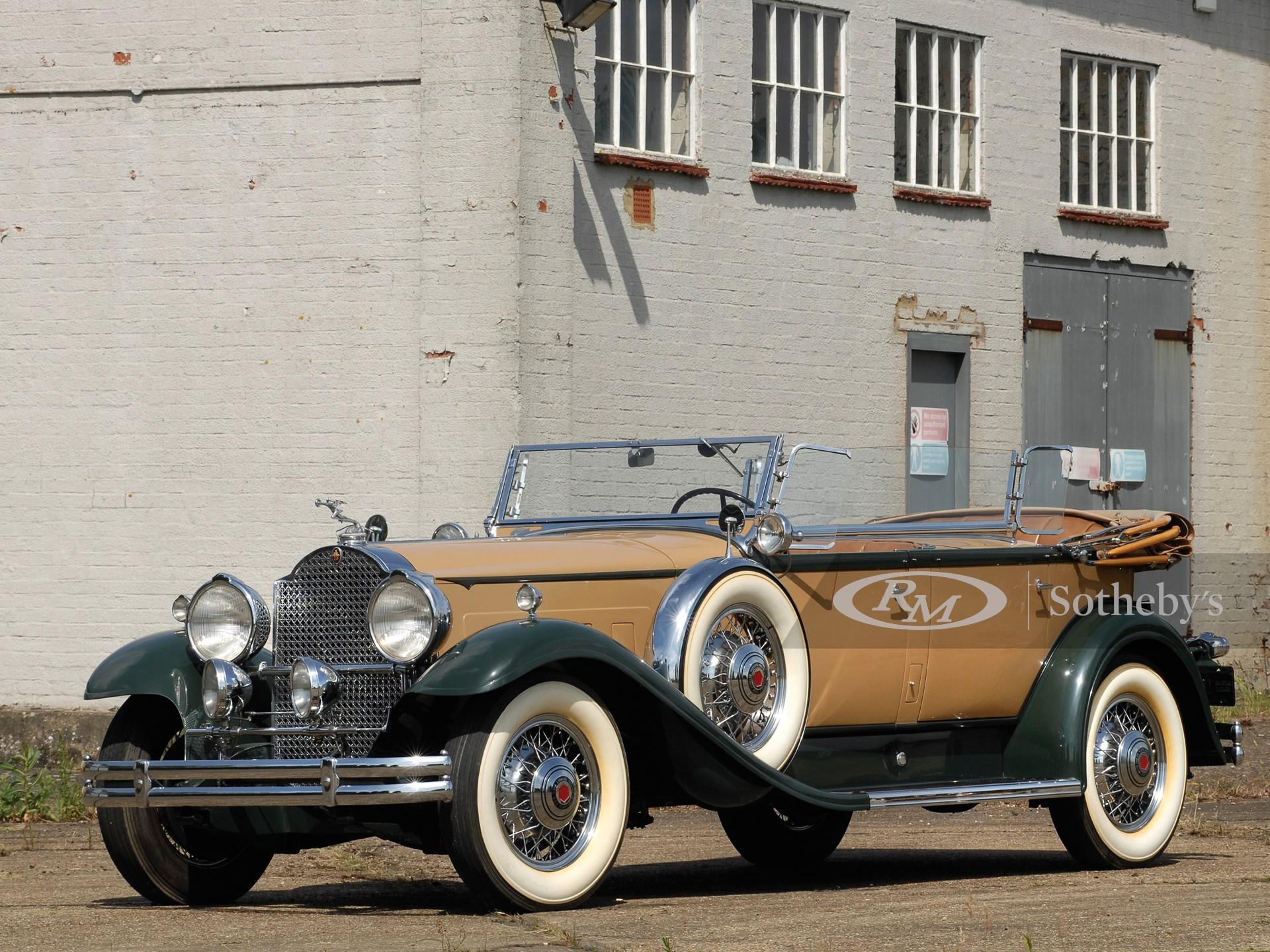 1931 Packard Deluxe Eight Sport Phaeton