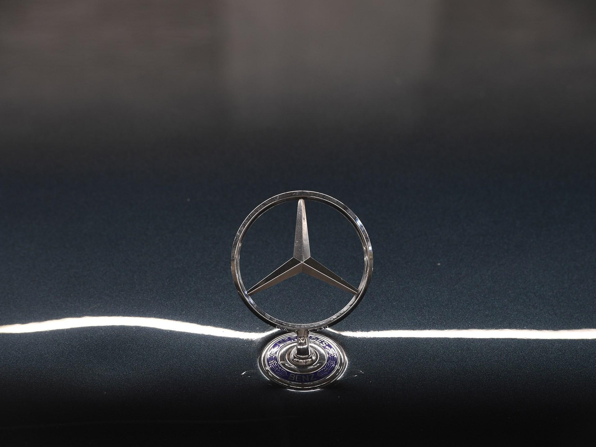 1994 Mercedes-Benz E 500 Limited