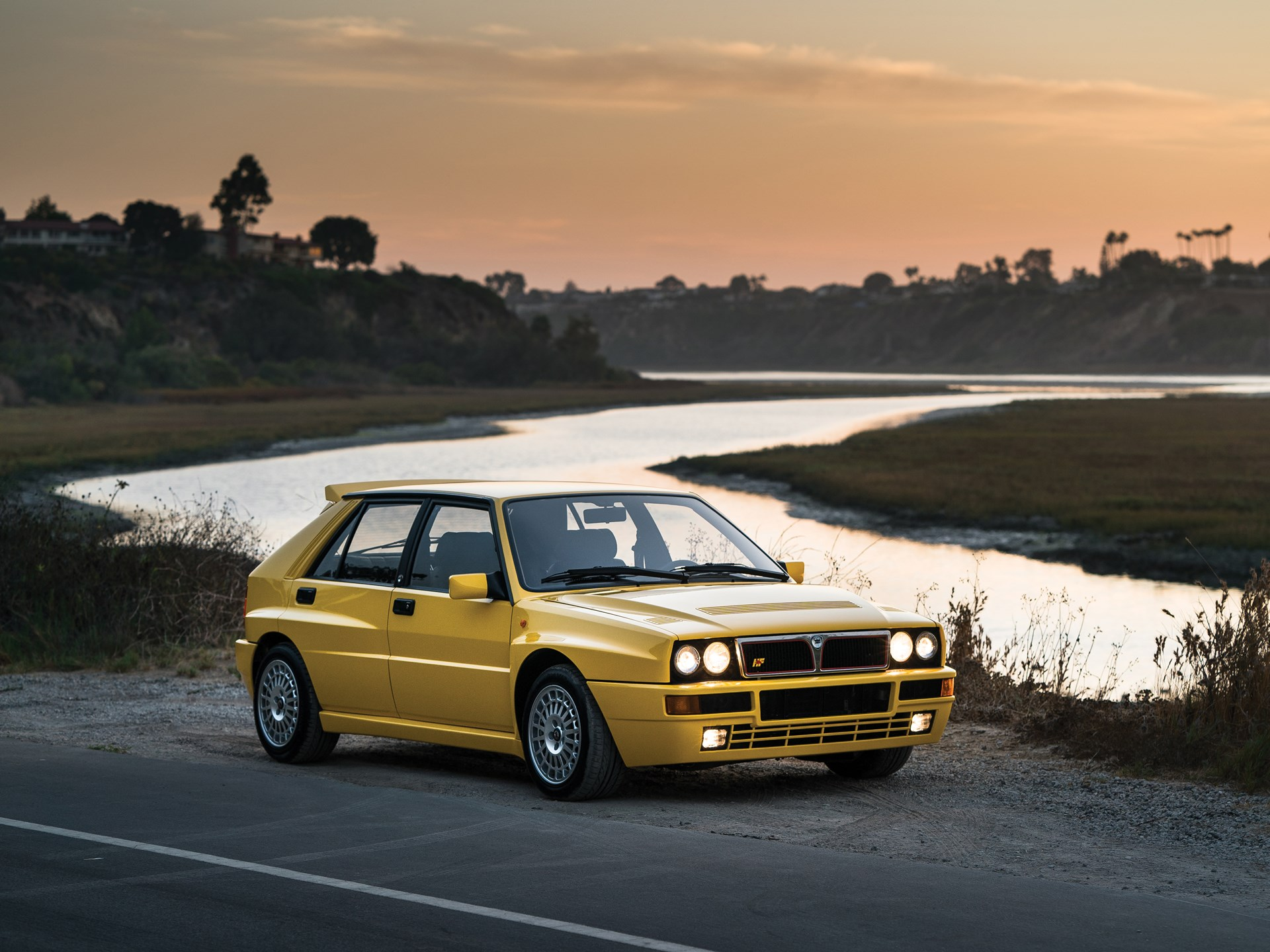 rm sotheby 39 s 1992 lancia delta hf integrale evoluzione 39 giallo ferrari 39 new york icons 2017. Black Bedroom Furniture Sets. Home Design Ideas