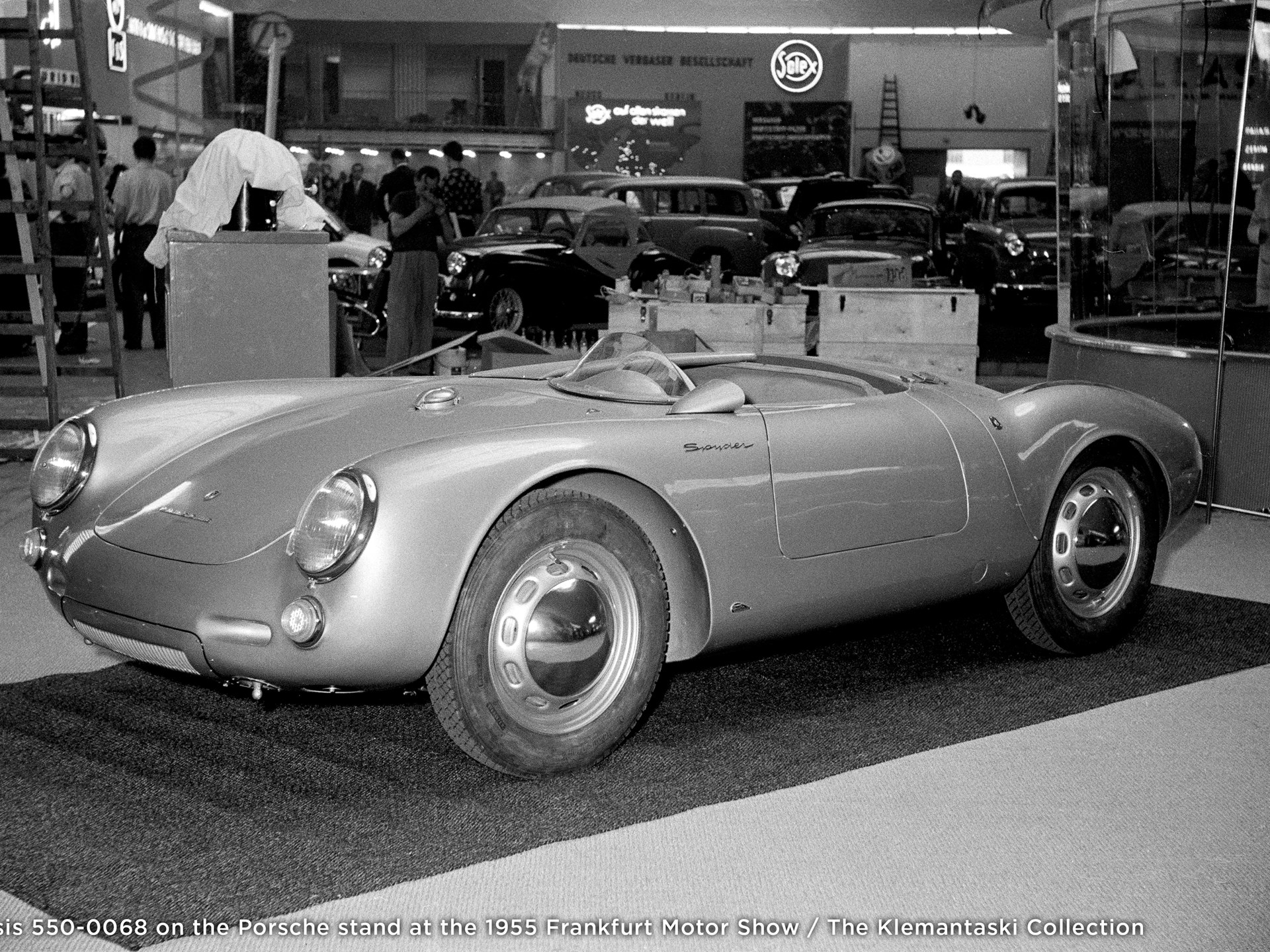 Chassis 550-0068 on the Porsche stand at the 1955 Frankfurt Motor Show.