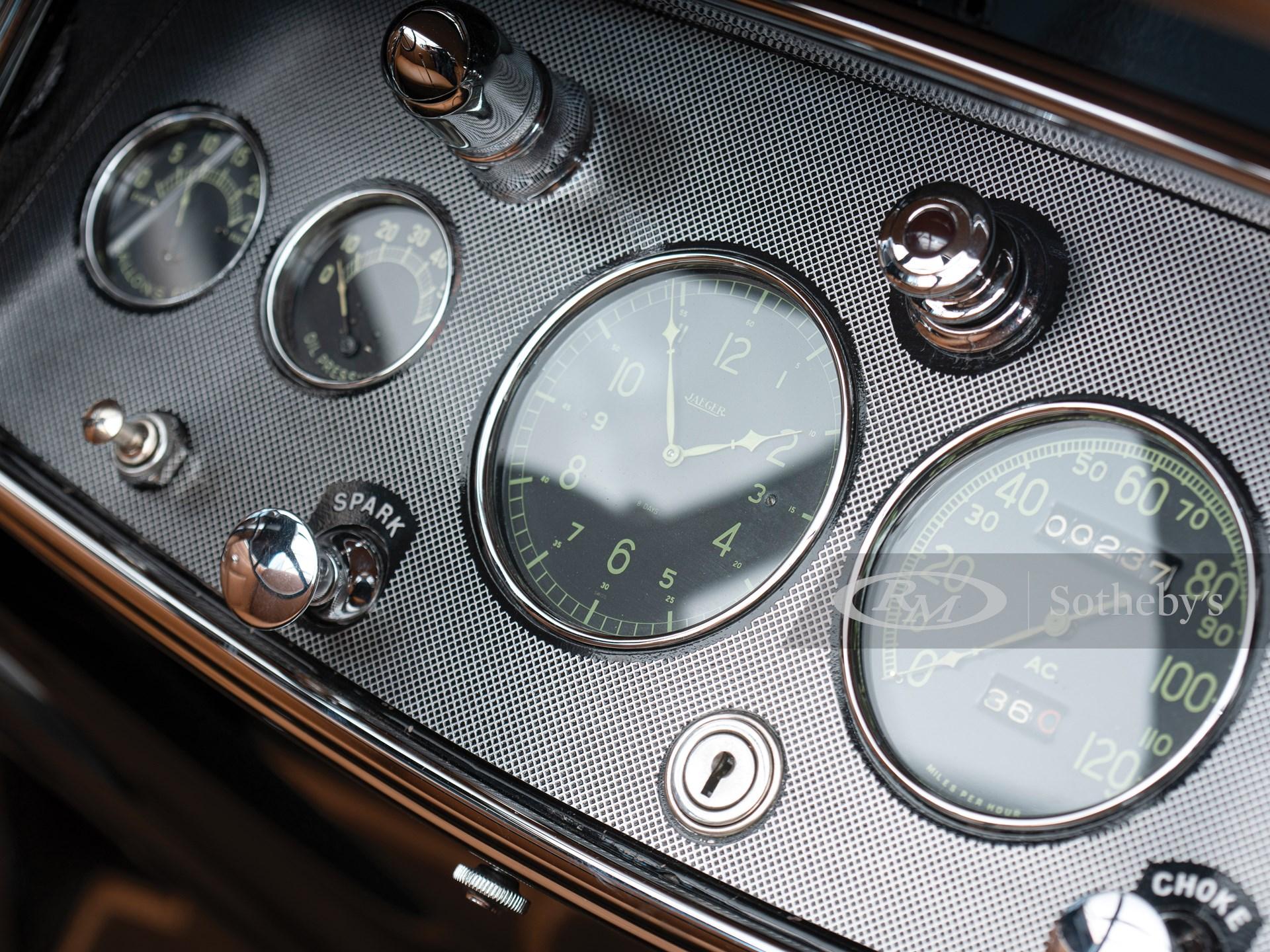 1930 Cadillac V-16 Sport Phaeton by Fleetwood -