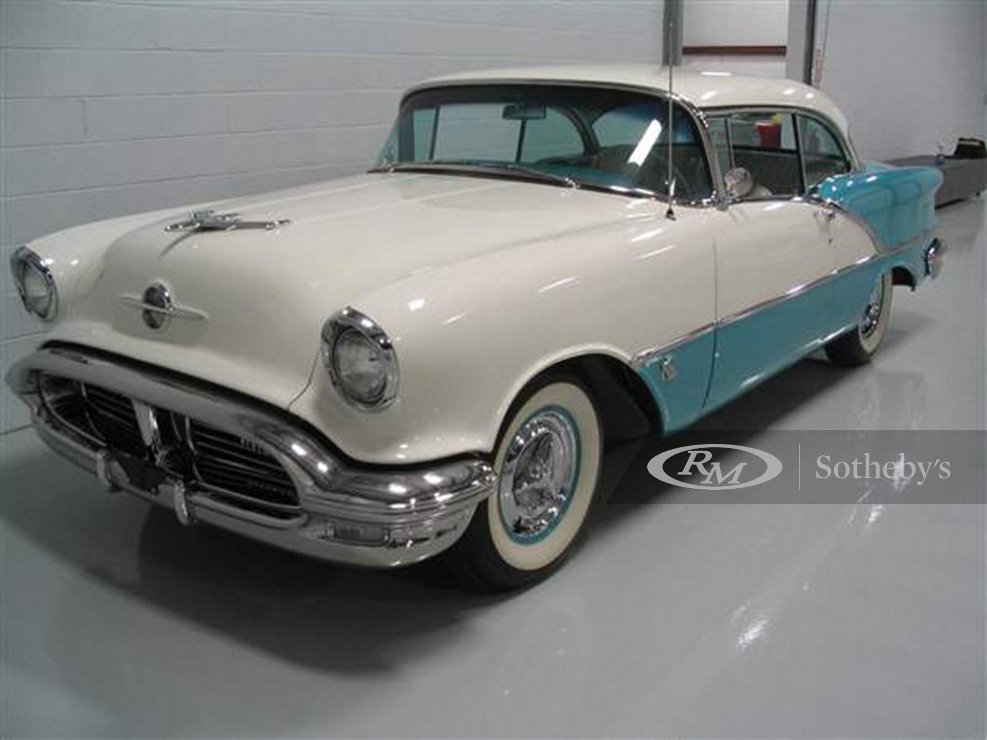 1956 Oldsmobile Super 88 Holiday