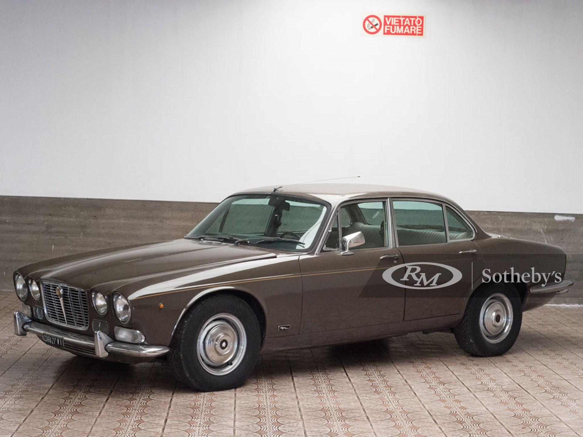 1971 Jaguar XJ6 4.2 SWB   Duemila Ruote 2016   RM Auctions