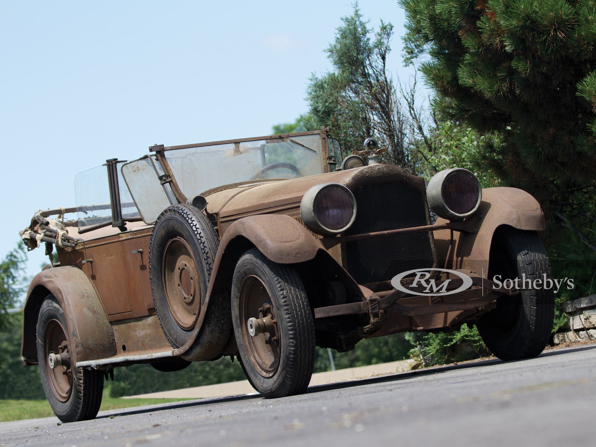 1926 Packard Eight Sport by Pullman