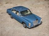 1972 Mercedes-Benz 280 SE 3.5 Saloon  - $