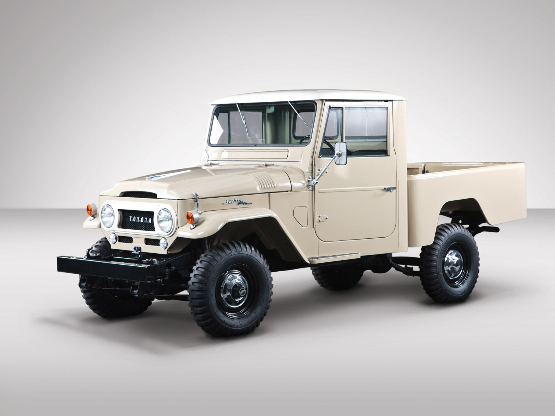 rm sotheby 39 s 1964 toyota fj45 land cruiser pickup. Black Bedroom Furniture Sets. Home Design Ideas