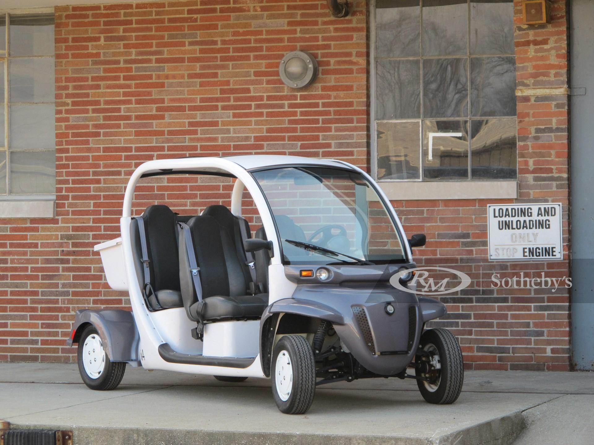 2005 GEM E4 LSV Electric Car