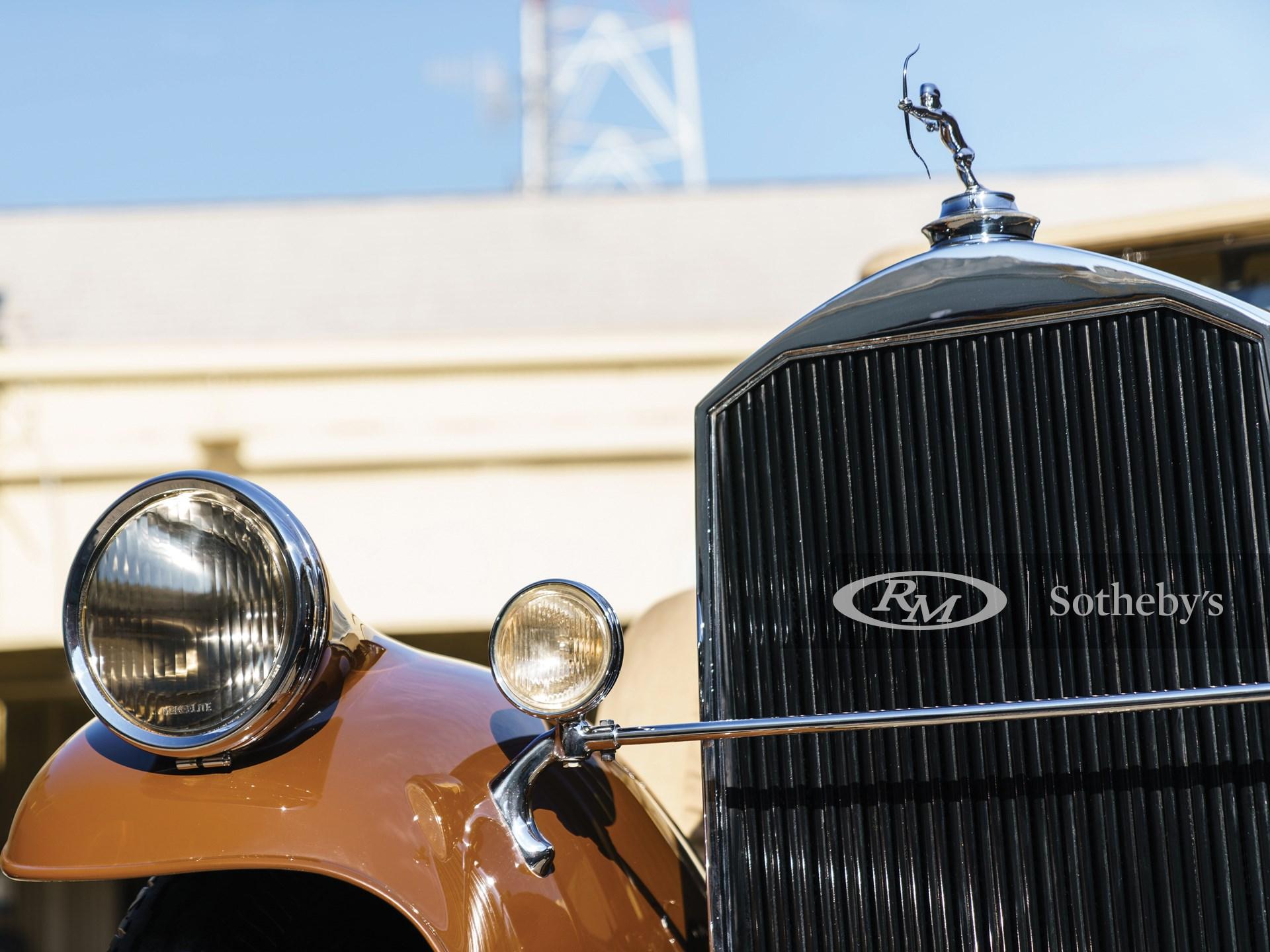 1929 Pierce-Arrow Model 125 Roadster  -