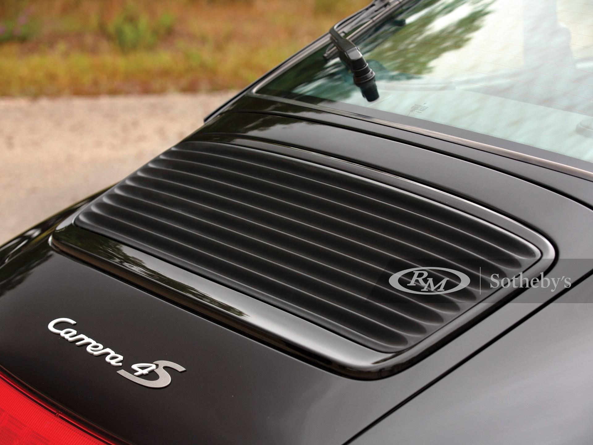 1996 Porsche 911 Carrera 4S Coupé  -