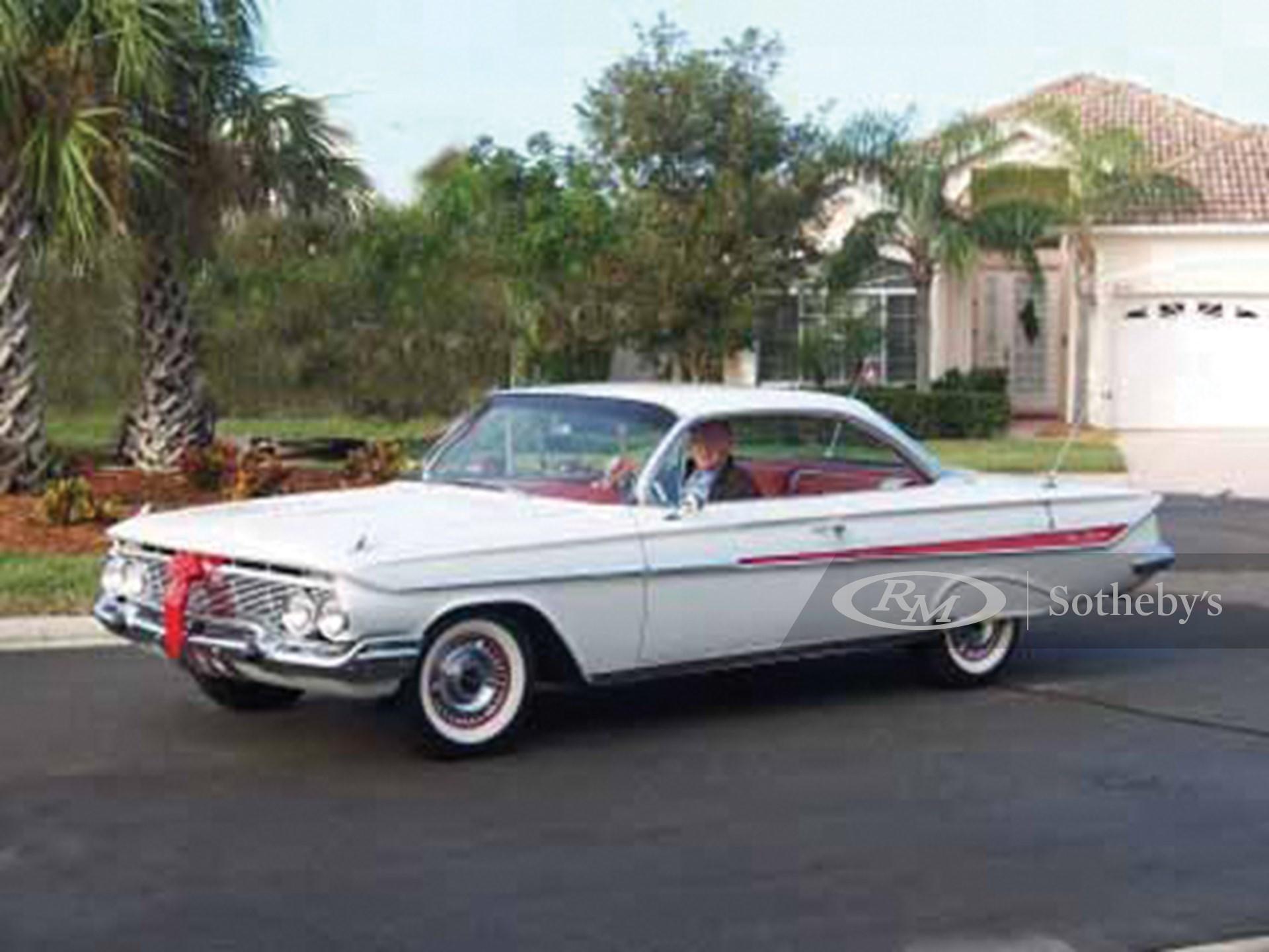 1961 Chevrolet Impala Bubble Top  -