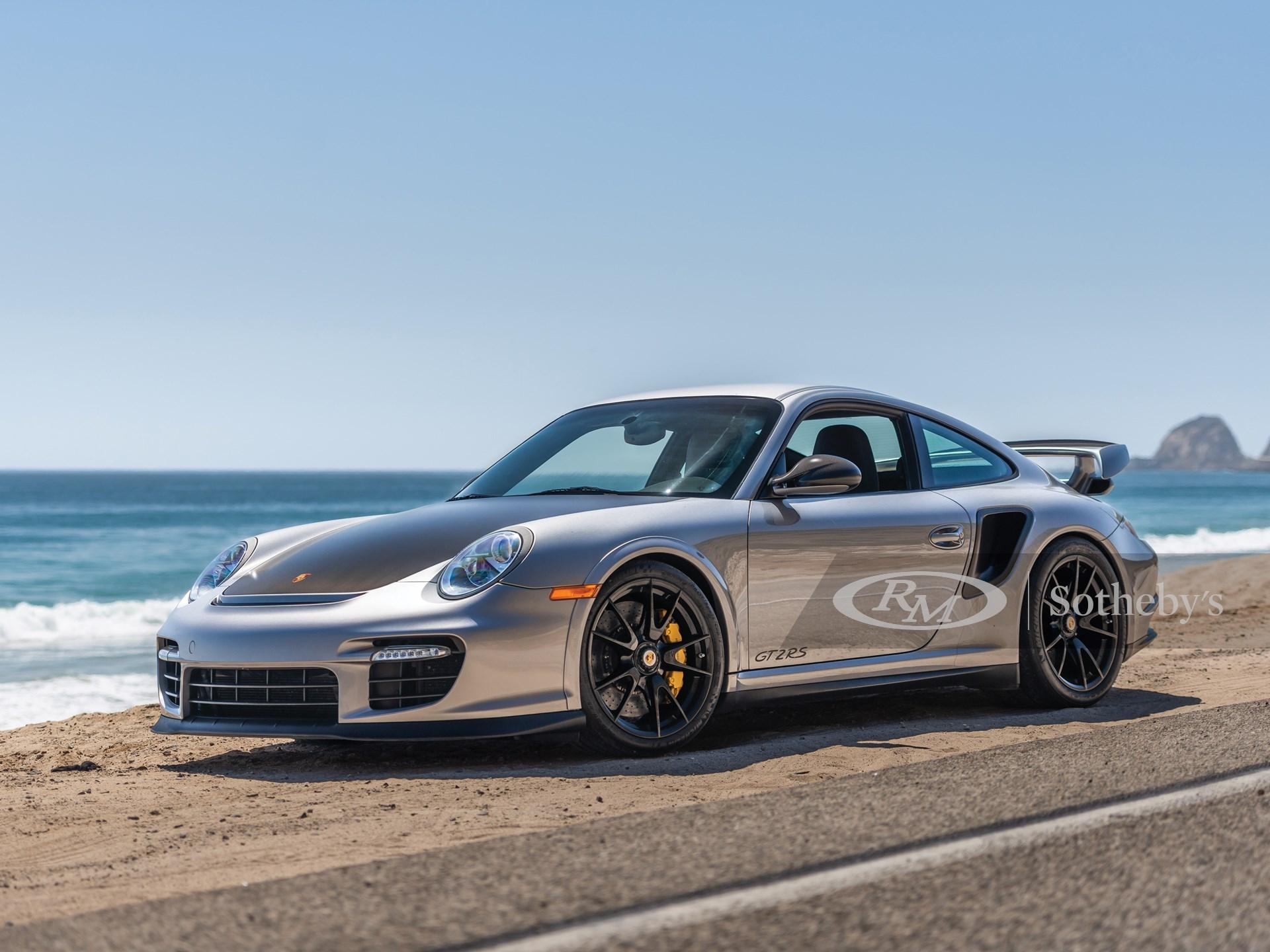 2011 Porsche 911 GT2 RS  -