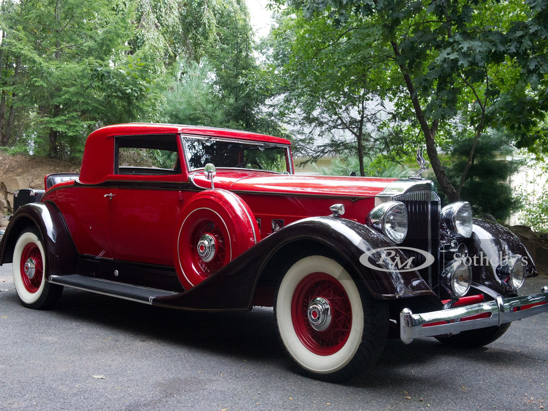 1934 Packard Super 8 Coupe
