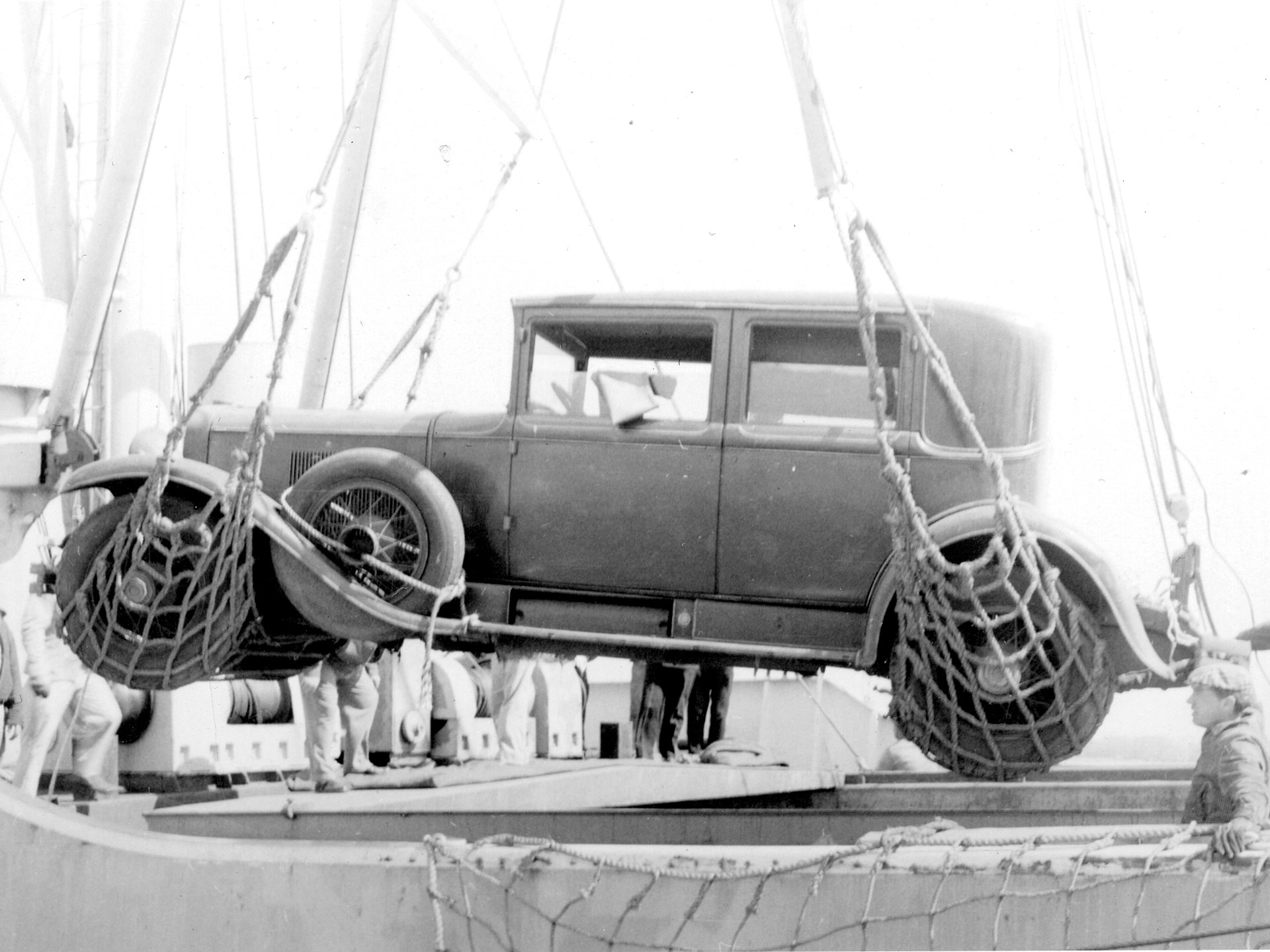 """RM Sotheby's - 1928 Cadillac """"Al Capone"""" Town Sedan ..."""