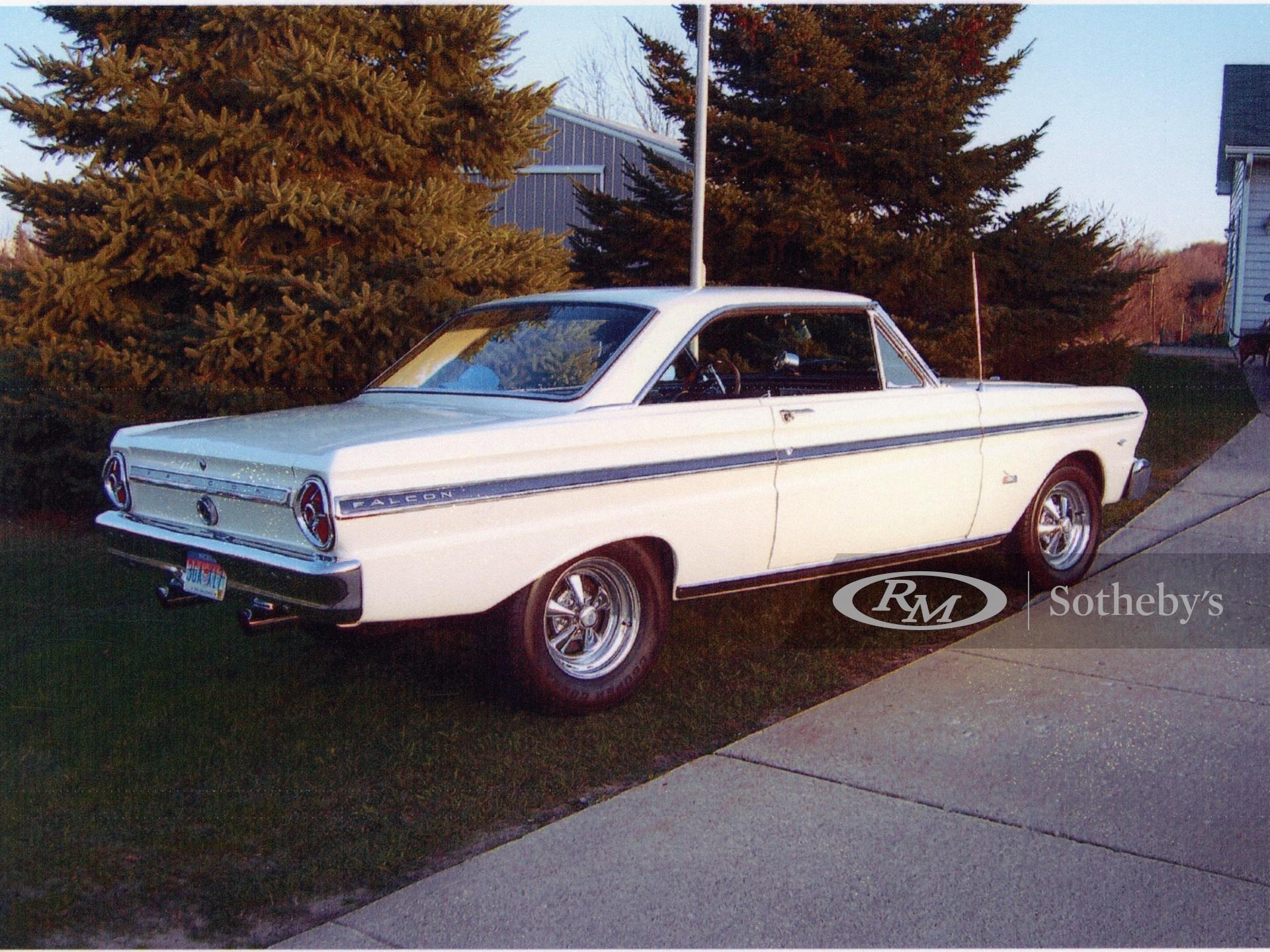 1965 Ford Falcon Futura 2D