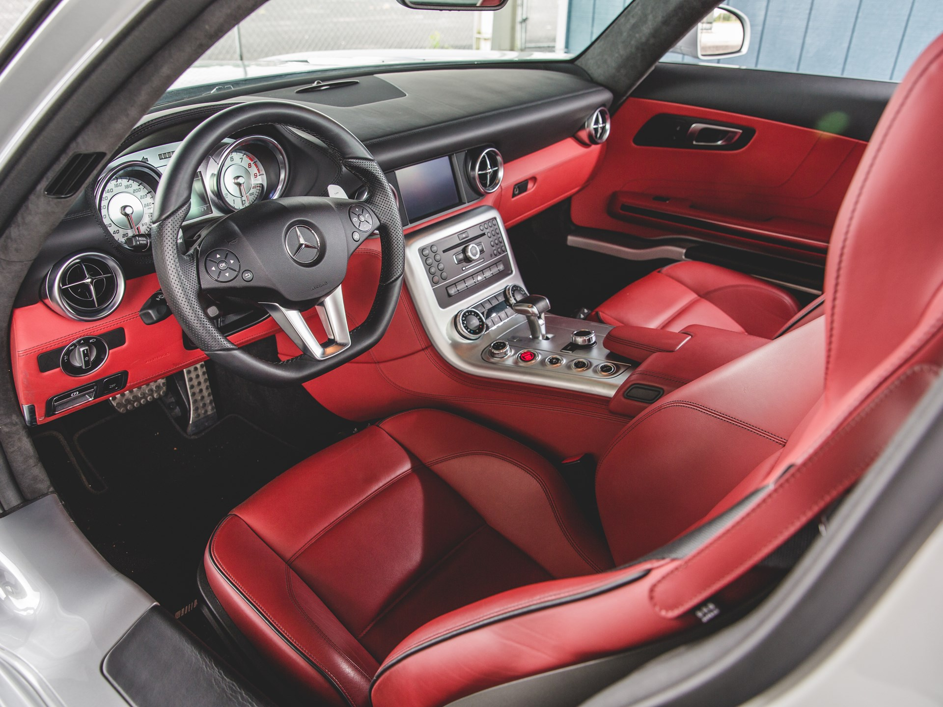 2011 Mercedes Benz SLS AMG