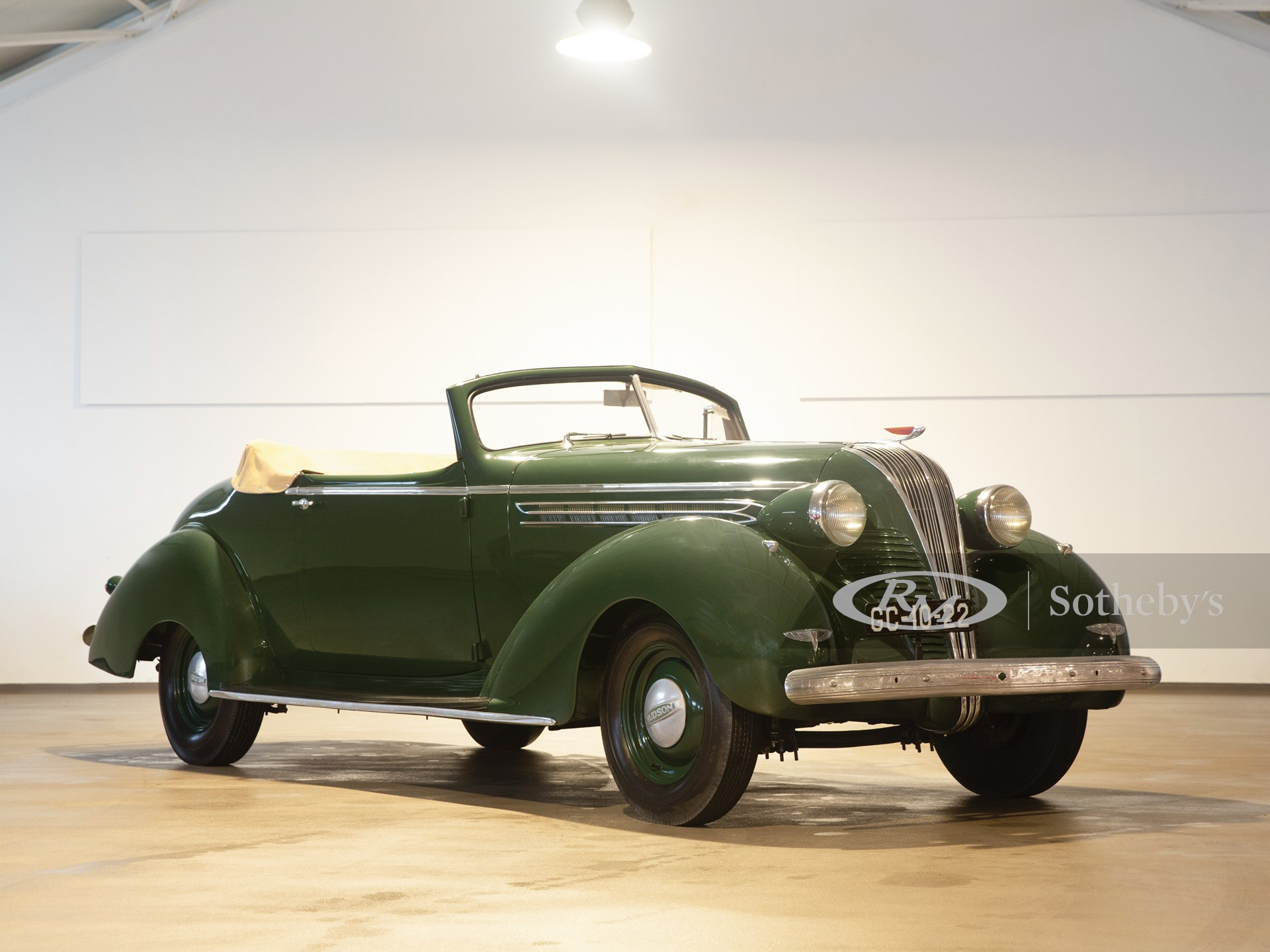 1937 Hudson Deluxe Eight Convertible Brougham  -