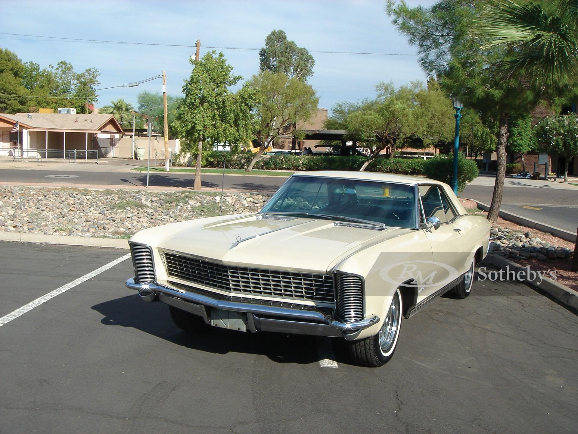 1965 Buick Riviera 2D  -
