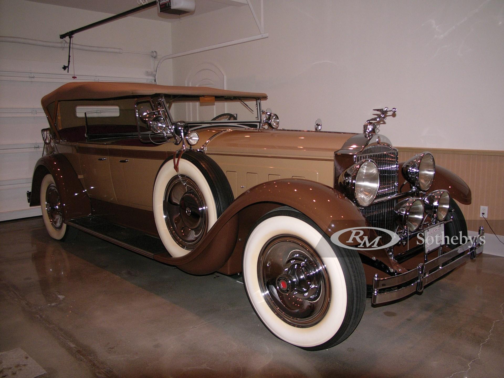 1929 Packard Custom Eight Dual Cowl Phaeton