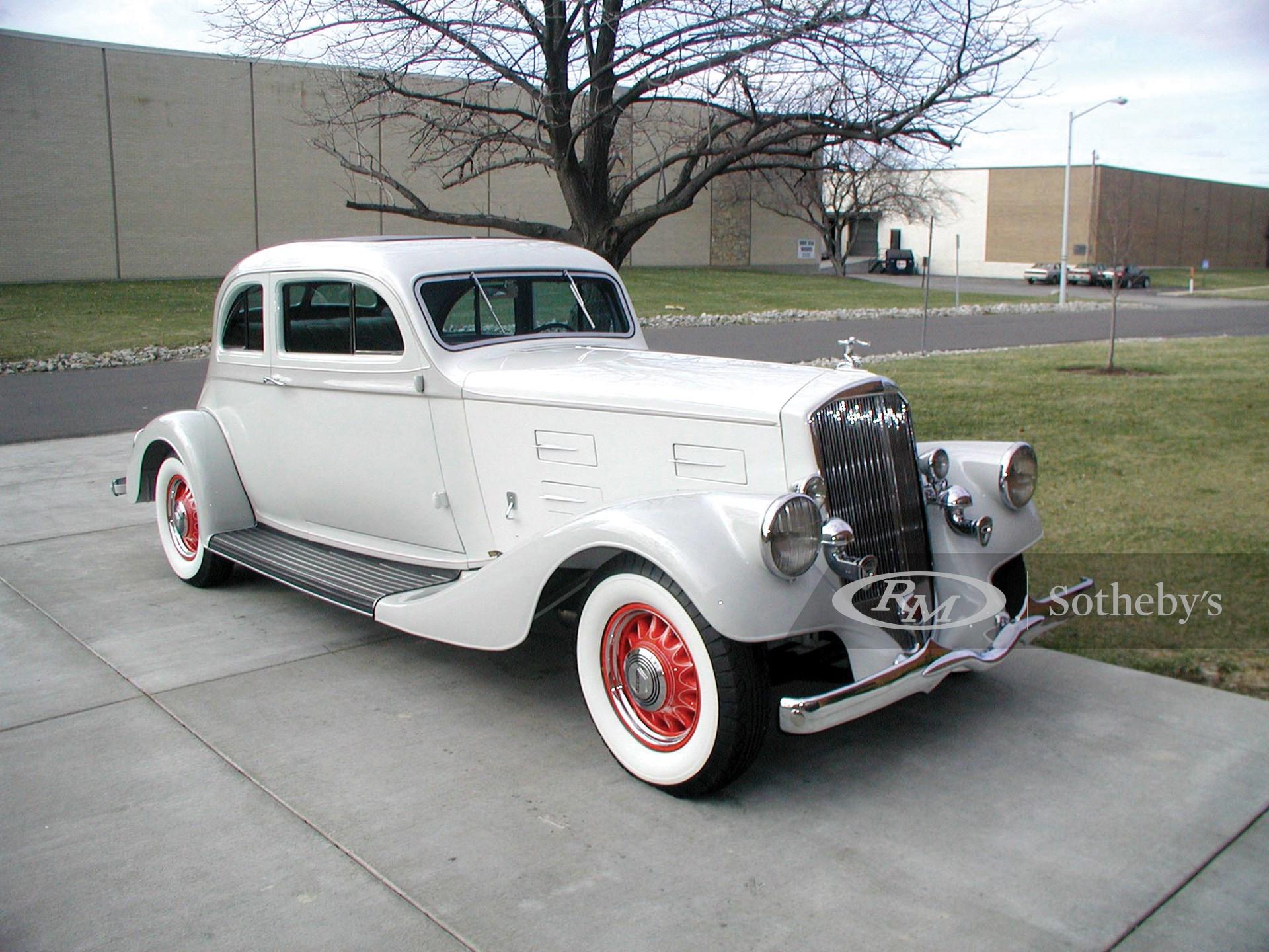 1934 Pierce-Arrow 840-A Silver Arrow 2D