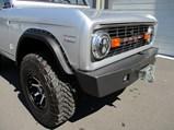 1976 Ford Bronco Sport 4×4 Custom  - $